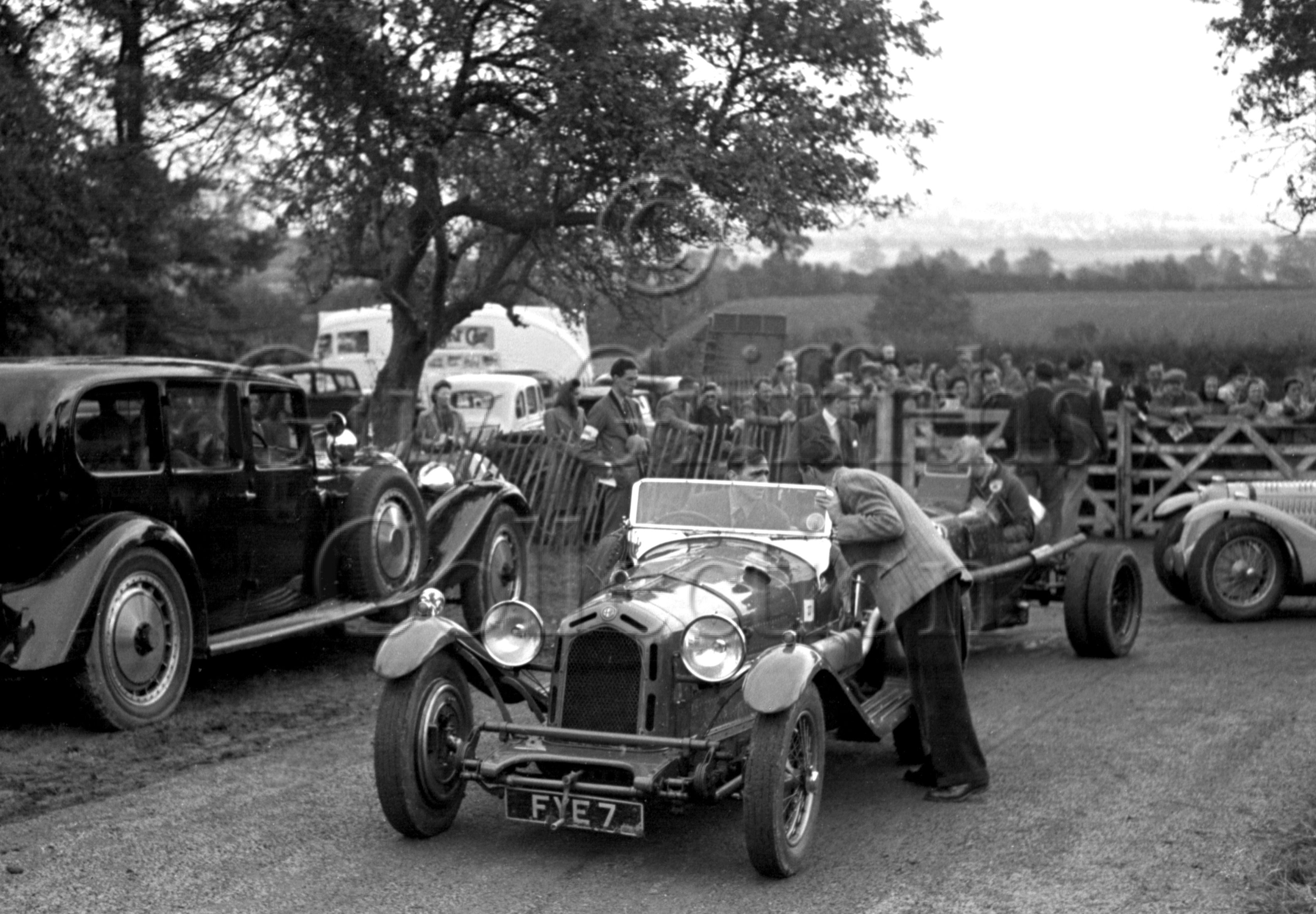 02-654–J-James–Alfa-Romeo–Prescott–22-09-1946.jpg - The Guy Griffiths Collection