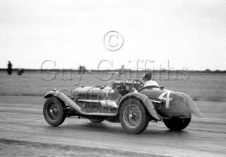 04-715–E-Landon–Alfa-Romeo–Gransden–13-07-1947.jpg - The Guy Griffiths Collection
