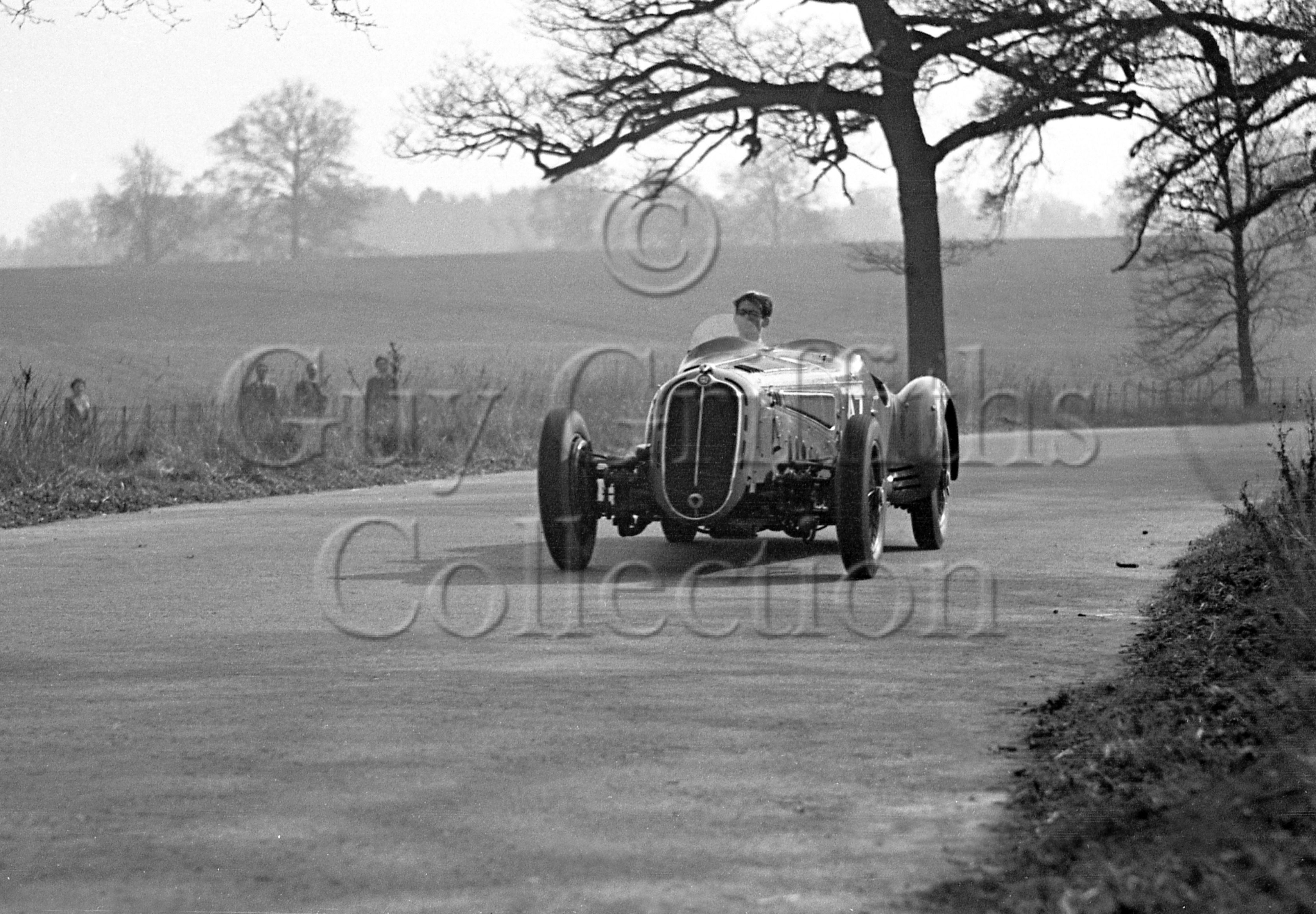 1-436–T-Crook–Alfa-Romeo–Luton-Hoo–29-03-1948.jpg - The Guy Griffiths Collection