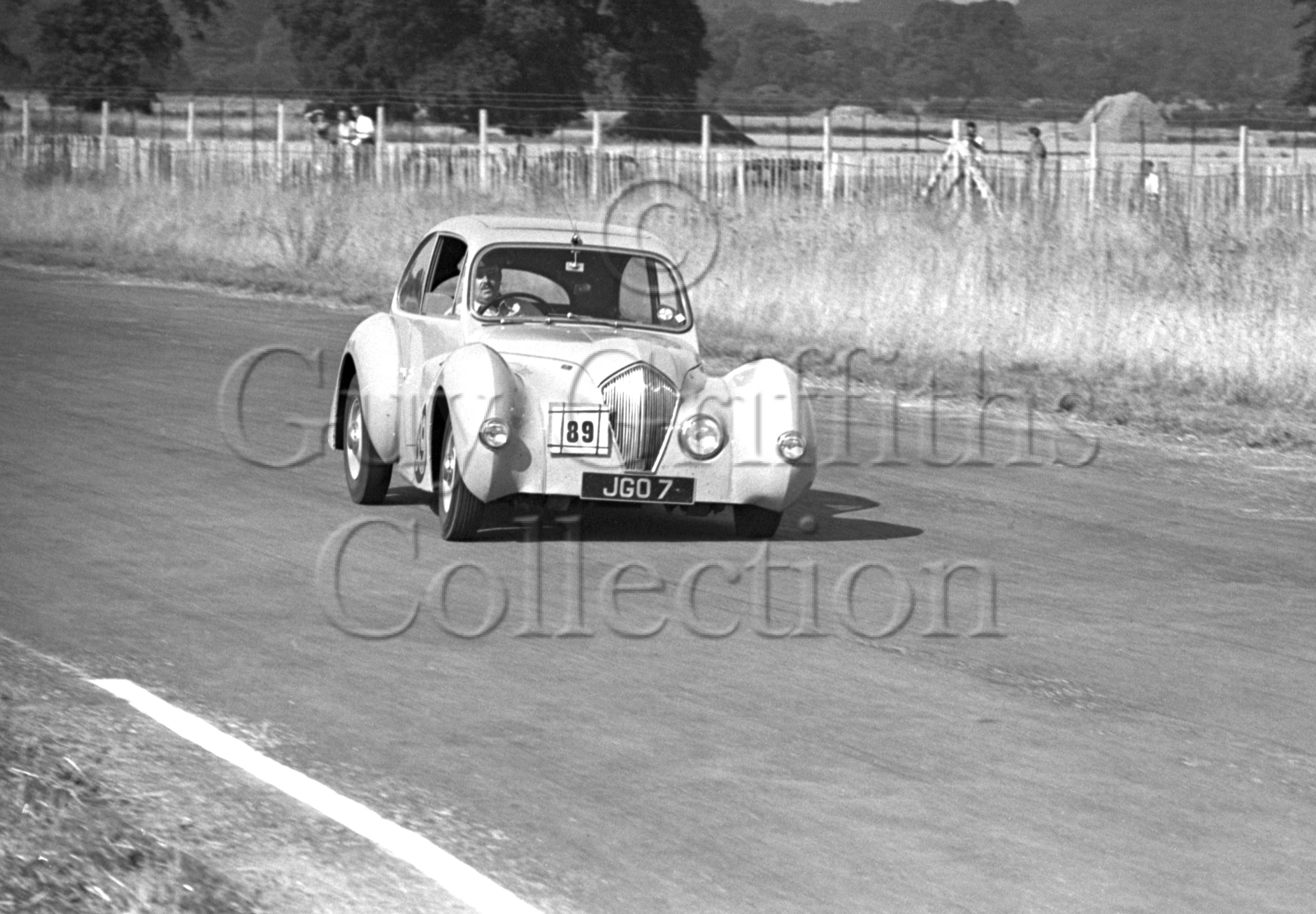 20-636–K-Downing–Healey–Goodwood–13-08-1949.jpg - The Guy Griffiths Collection