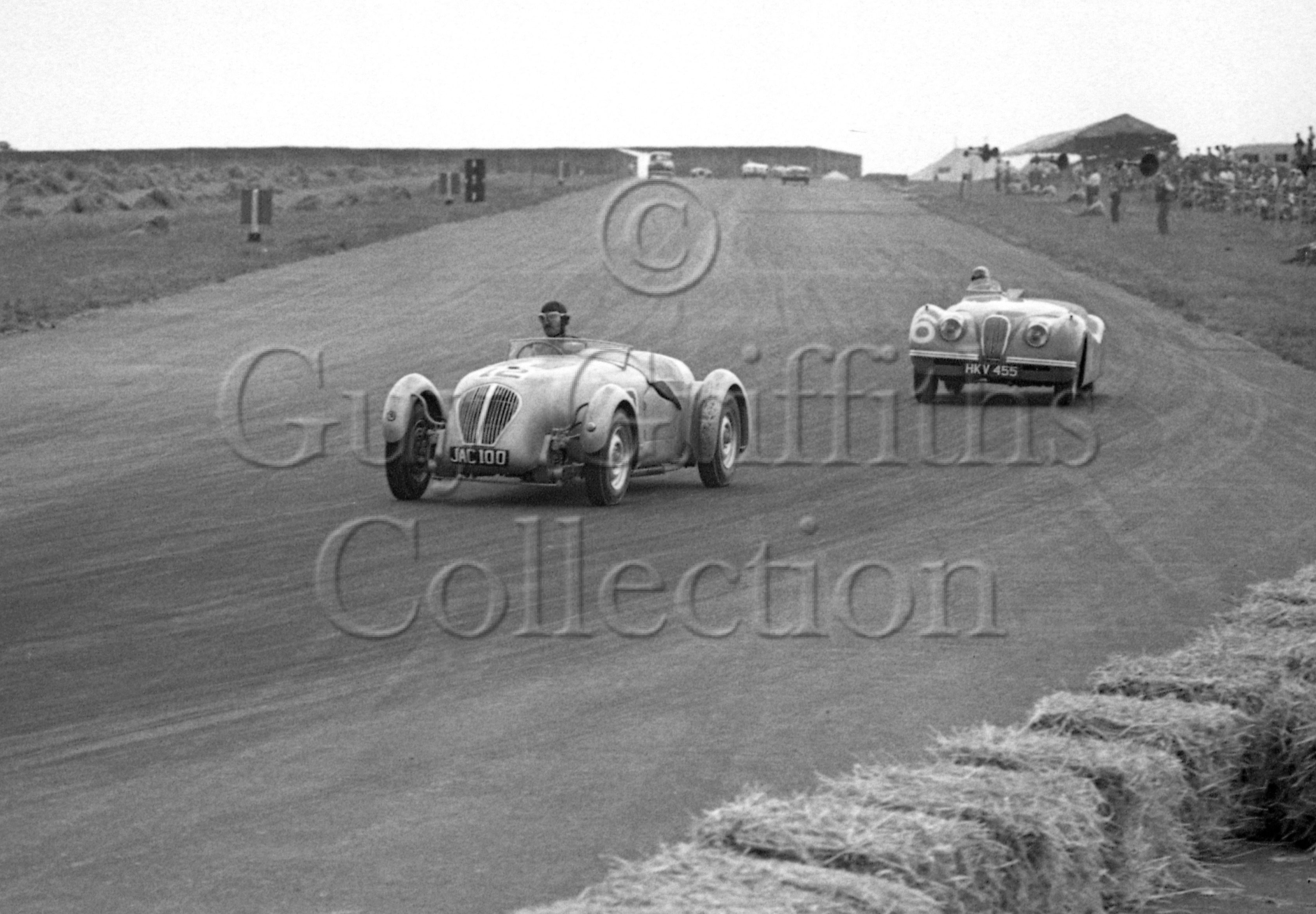 22-195–T-Wisdom–Healey–Silverstone–20-08-1949.jpg - The Guy Griffiths Collection