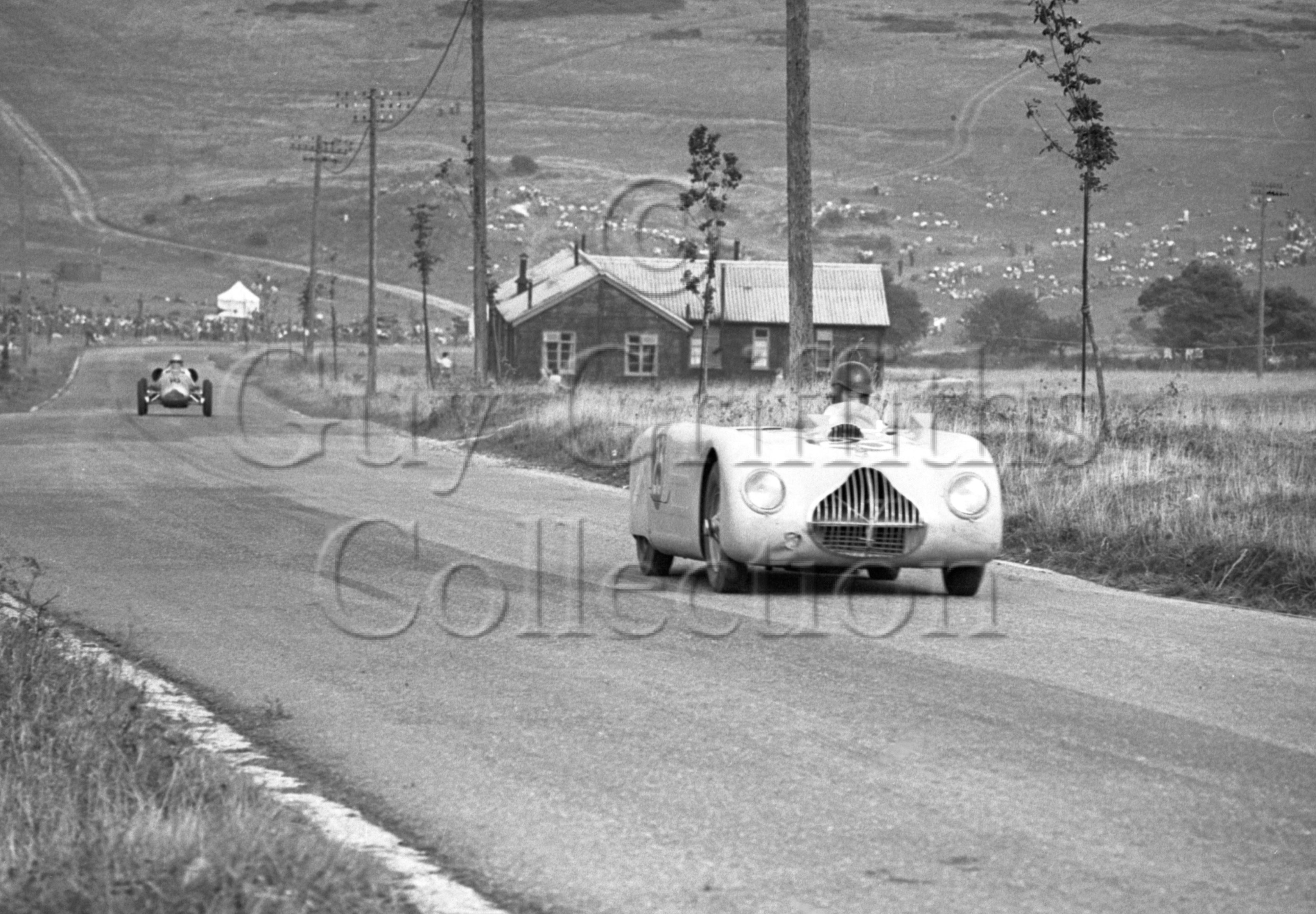 22-675–T-Crook–Veritas–Blandford–27-08-1949.jpg - The Guy Griffiths Collection