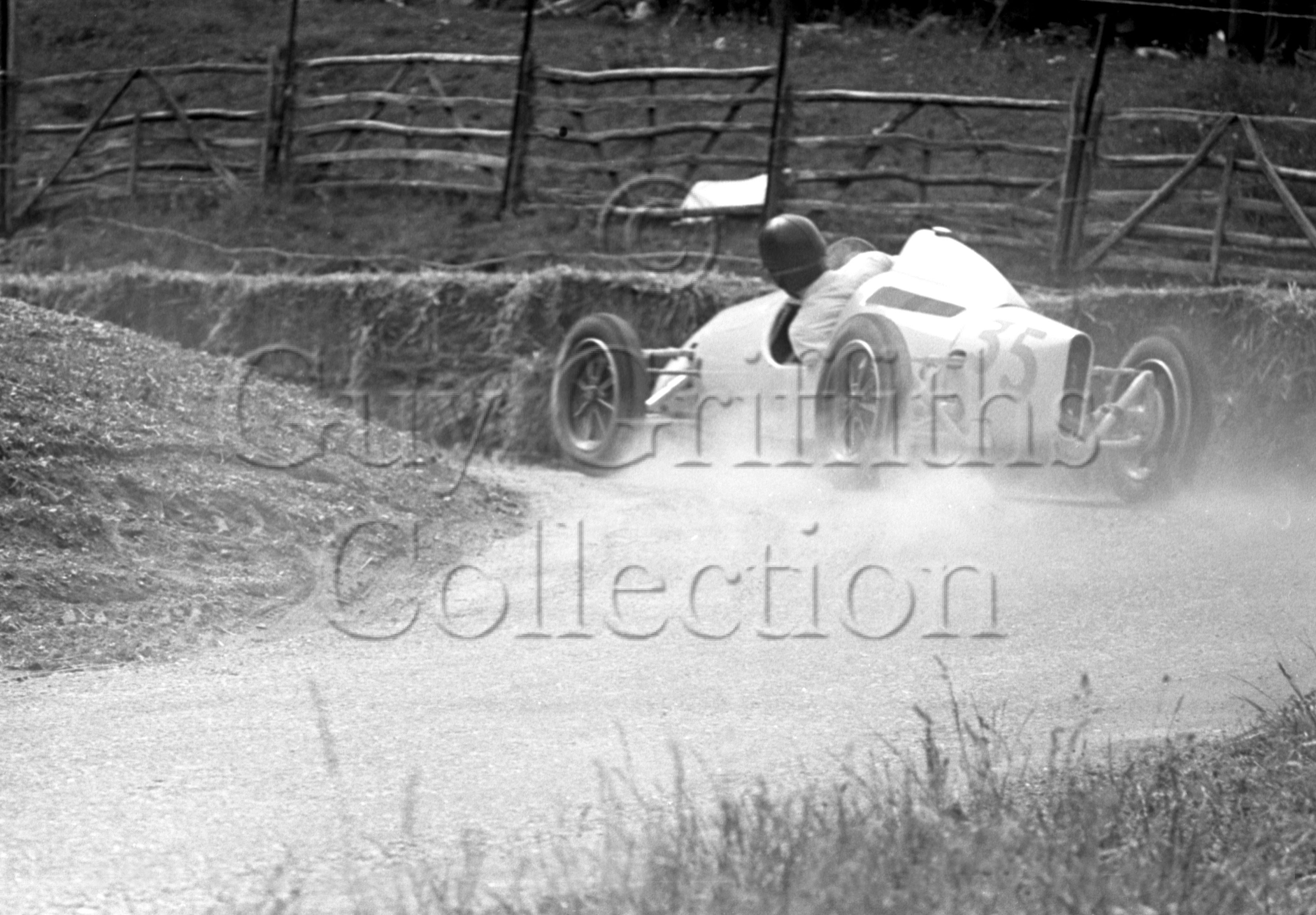 3-704–S-Moss–Cooper–Stanmer-Park–05-06-1948.jpg - The Guy Griffiths Collection