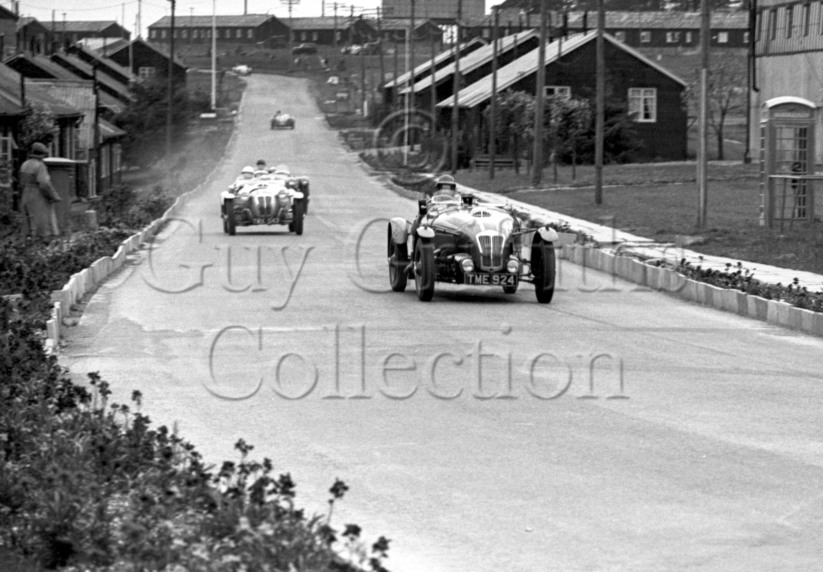 31-143–T-Crook–Frazer-Nash–Blandford–29-05-1950.jpg - The Guy Griffiths Collection