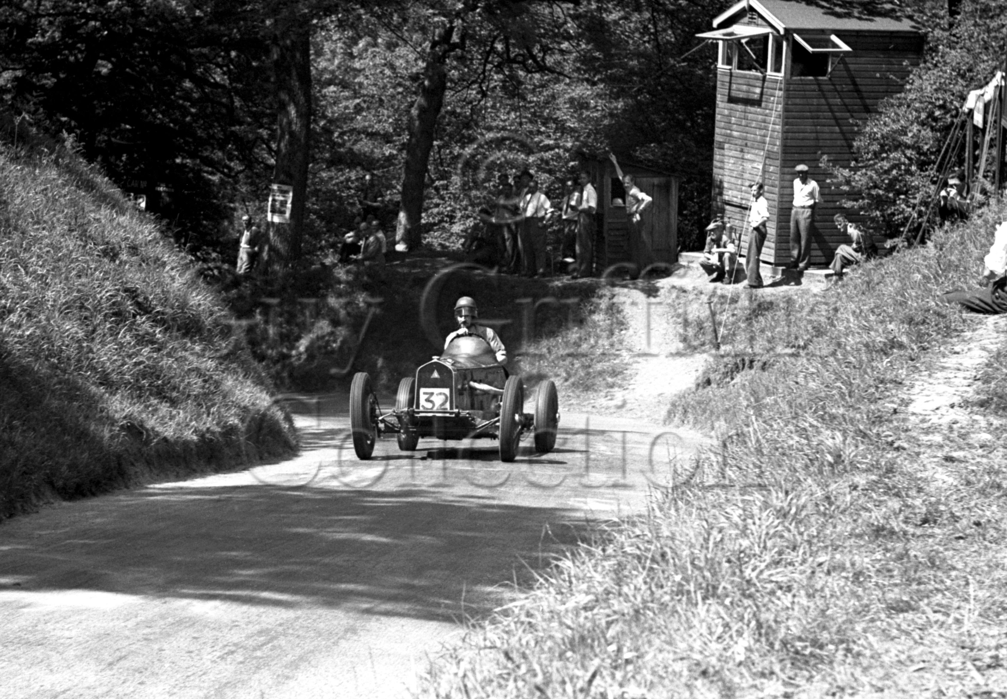 31-955–K-Miles–Triangle-Special–Shelsley-Walsh–10-06-1950.jpg - The Guy Griffiths Collection
