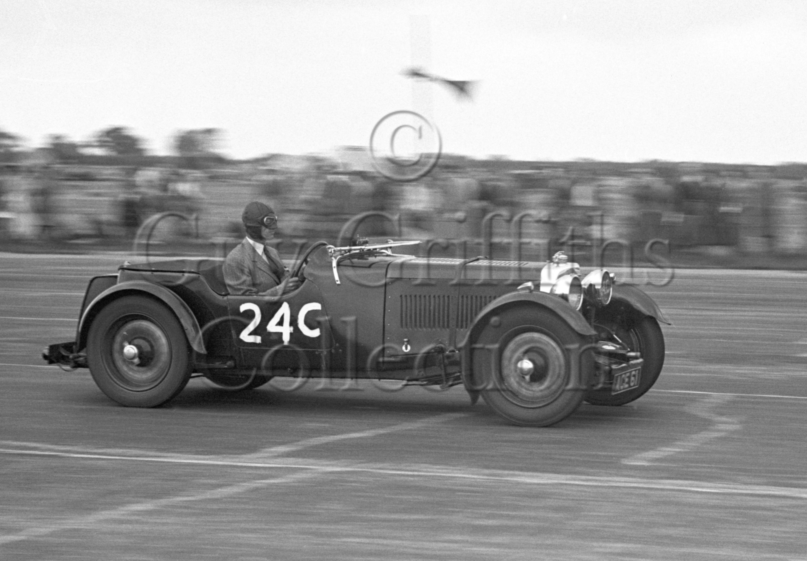32-374–J-Jarvis-Read–Aston-Martin–Silverstone–17-06-1950.jpg - The Guy Griffiths Collection