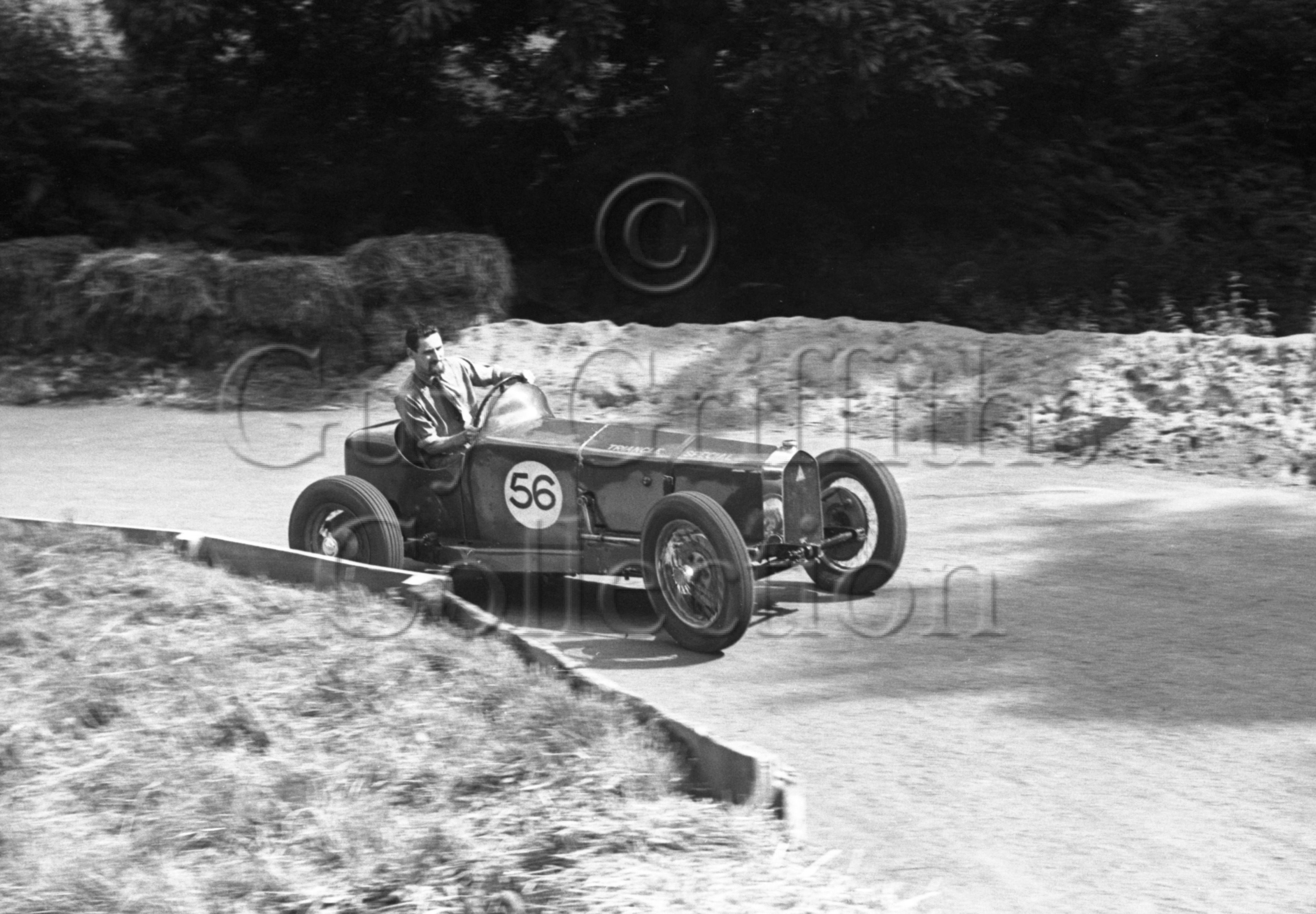 33-725–K-Miles–Triangle-Special–Prescott–16-07-1950.jpg - The Guy Griffiths Collection