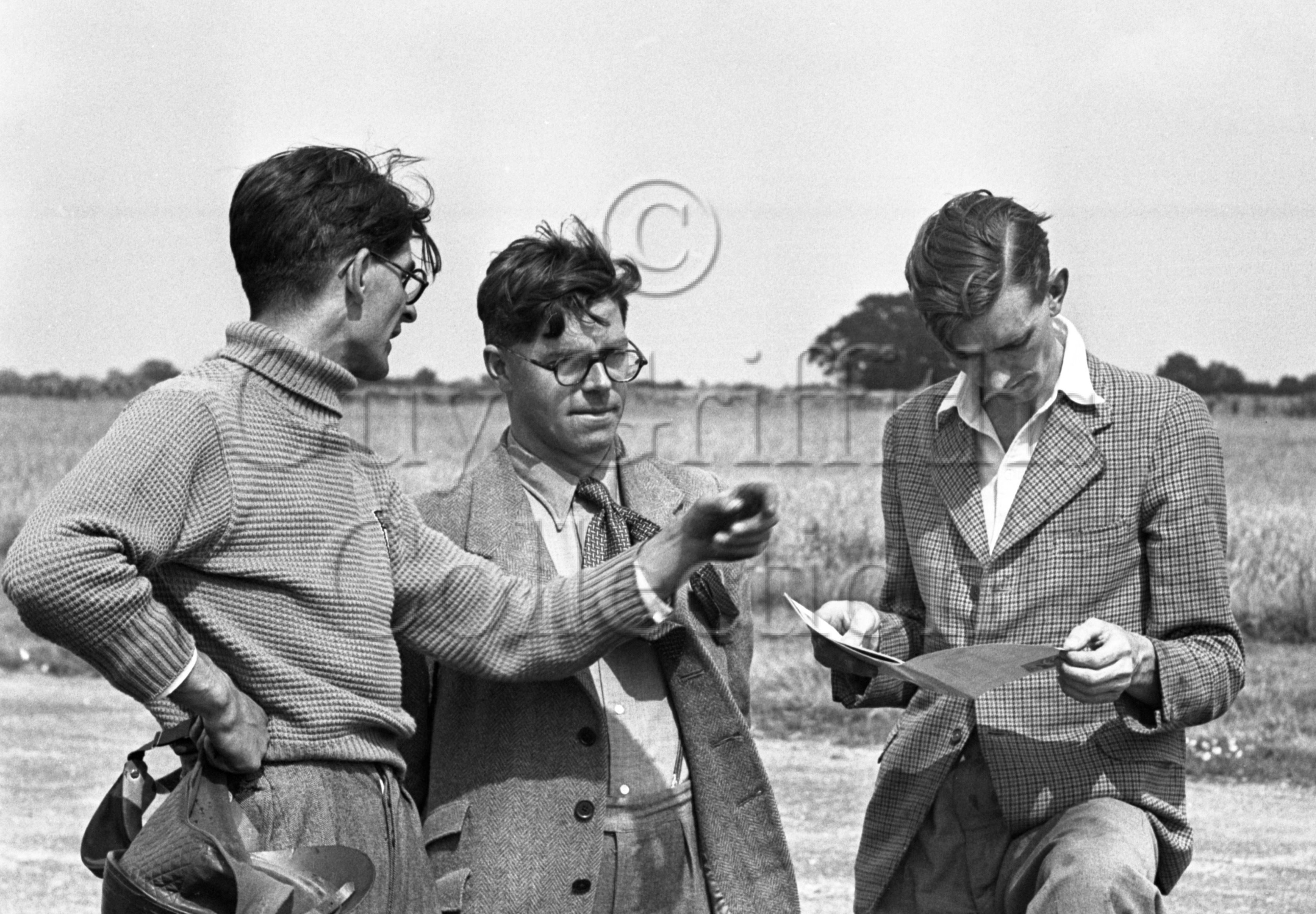 34-291–T-Crook–B-Boddy–Silverstone–28-07-1950.jpg - The Guy Griffiths Collection