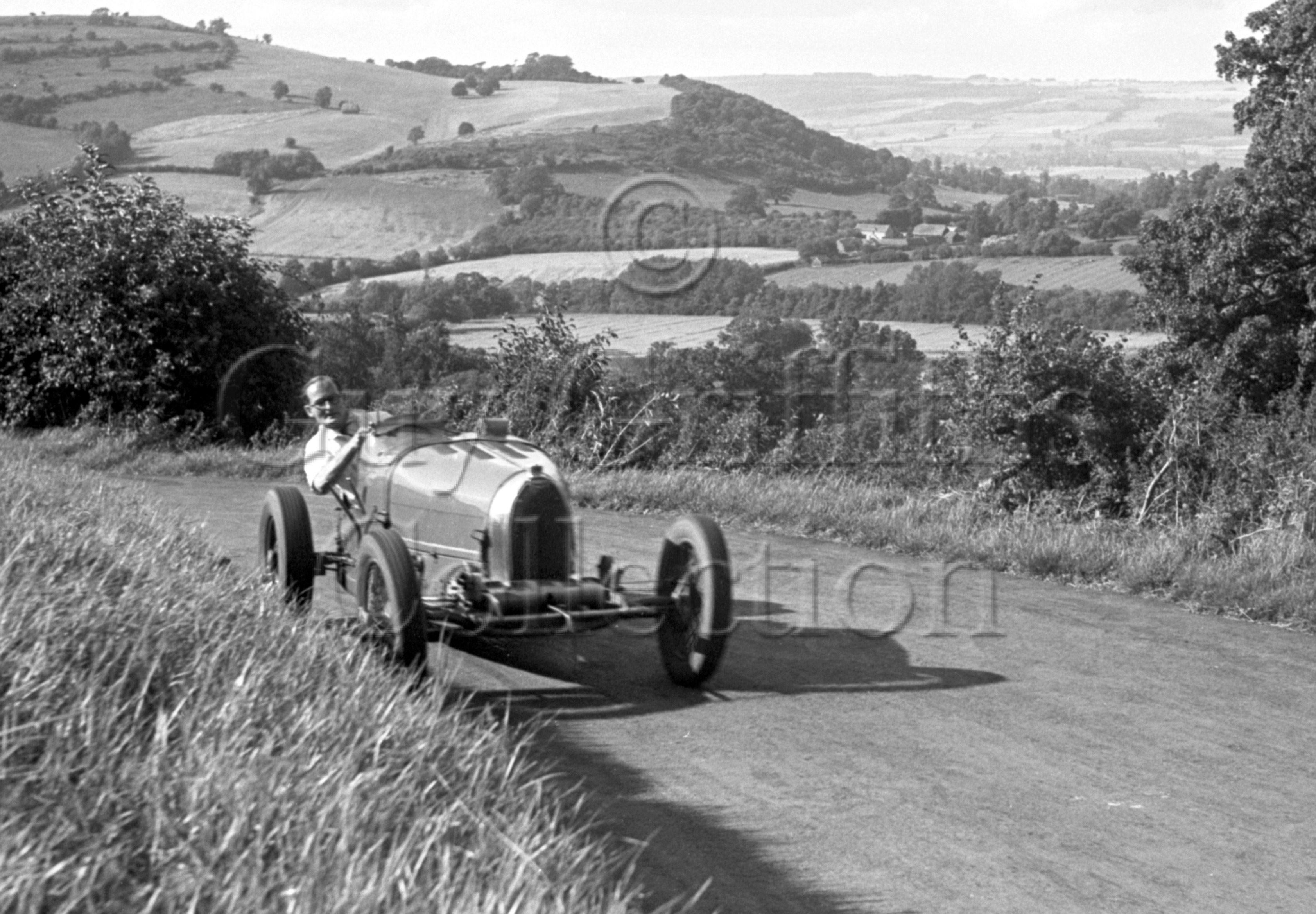 35-595–J-Ching–Bugatti–Prescott–19-08-1950.jpg - The Guy Griffiths Collection
