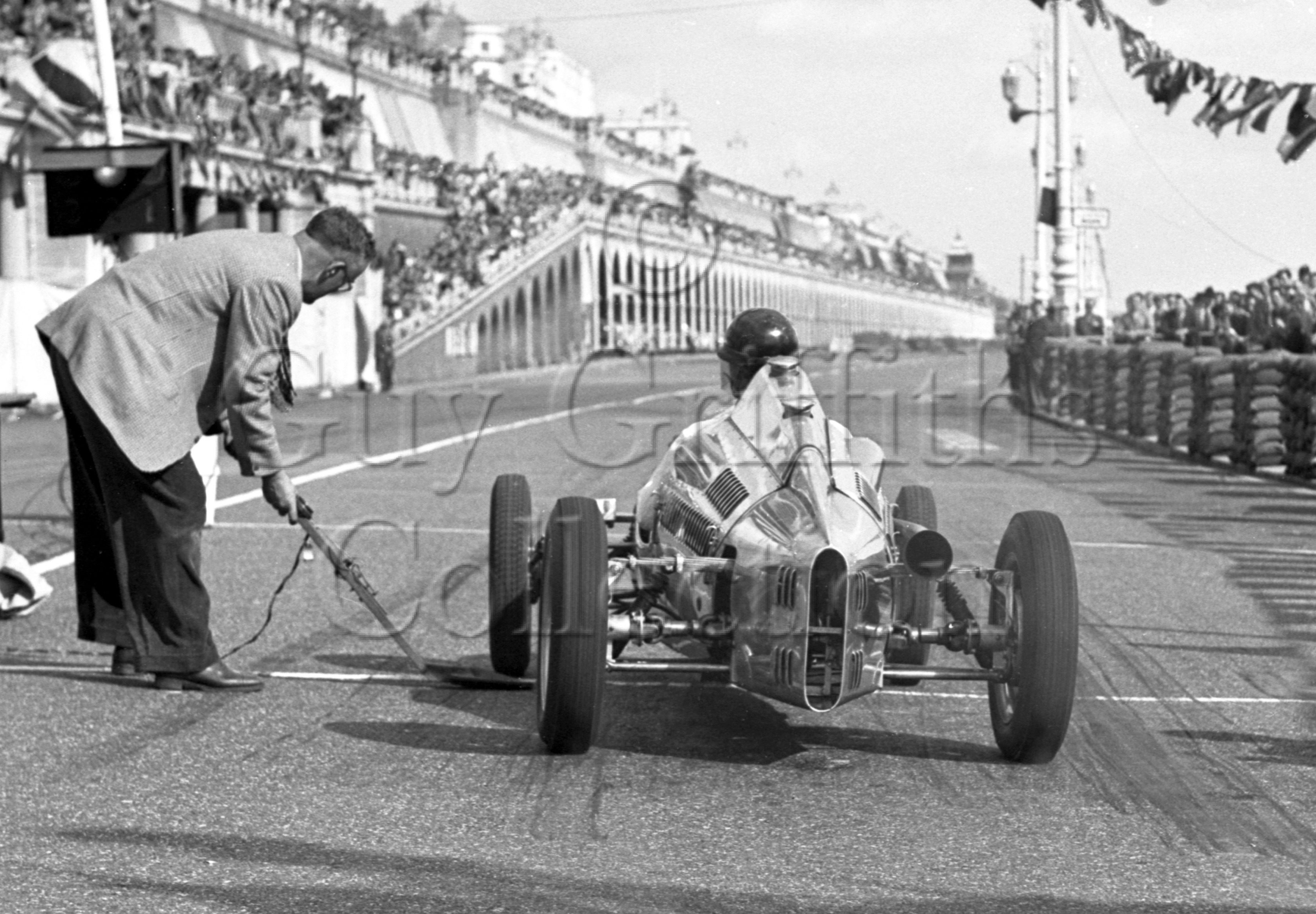 36-692–P-Collins–Cooper-Brighton–02-09-1950.jpg - The Guy Griffiths Collection