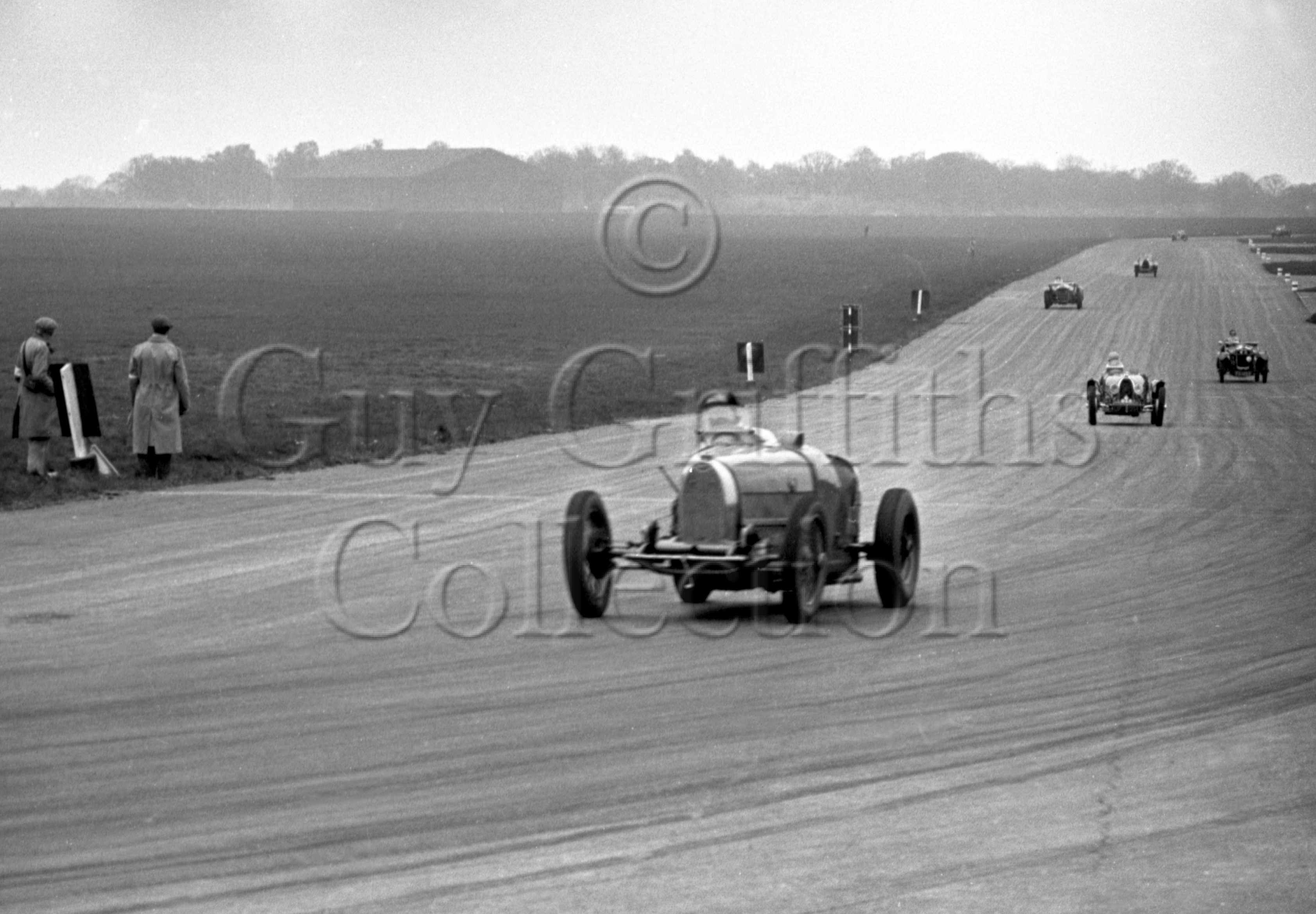 43-616–J-Ching–Bugatti–Silverstone–19-05-1951.jpg - The Guy Griffiths Collection