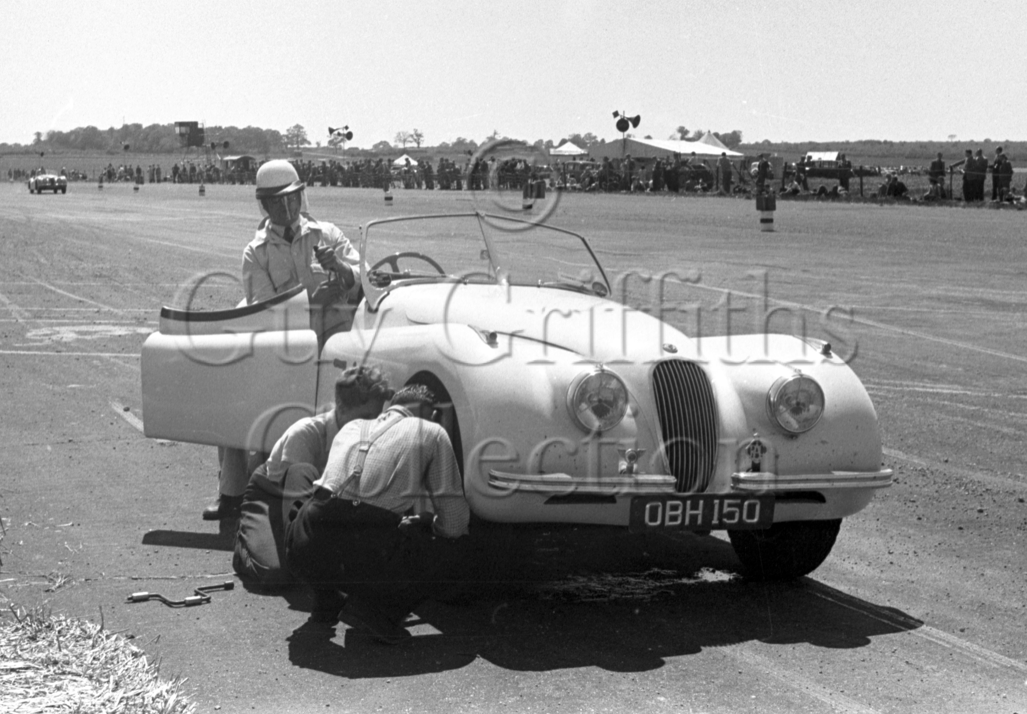 44-954–G-Lee–Jaguar–Silverstone–02-06-1951.jpg - The Guy Griffiths Collection