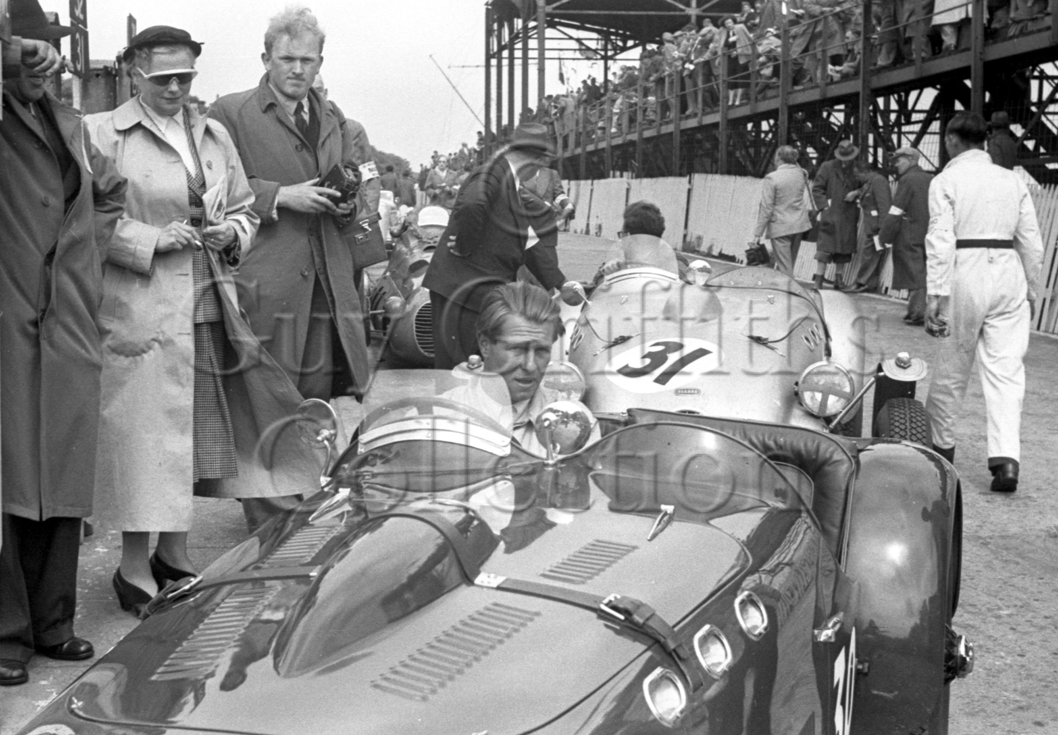 45-364–P-Collins–Allard–Isle-of-Man–14-06-1951.jpg - The Guy Griffiths Collection
