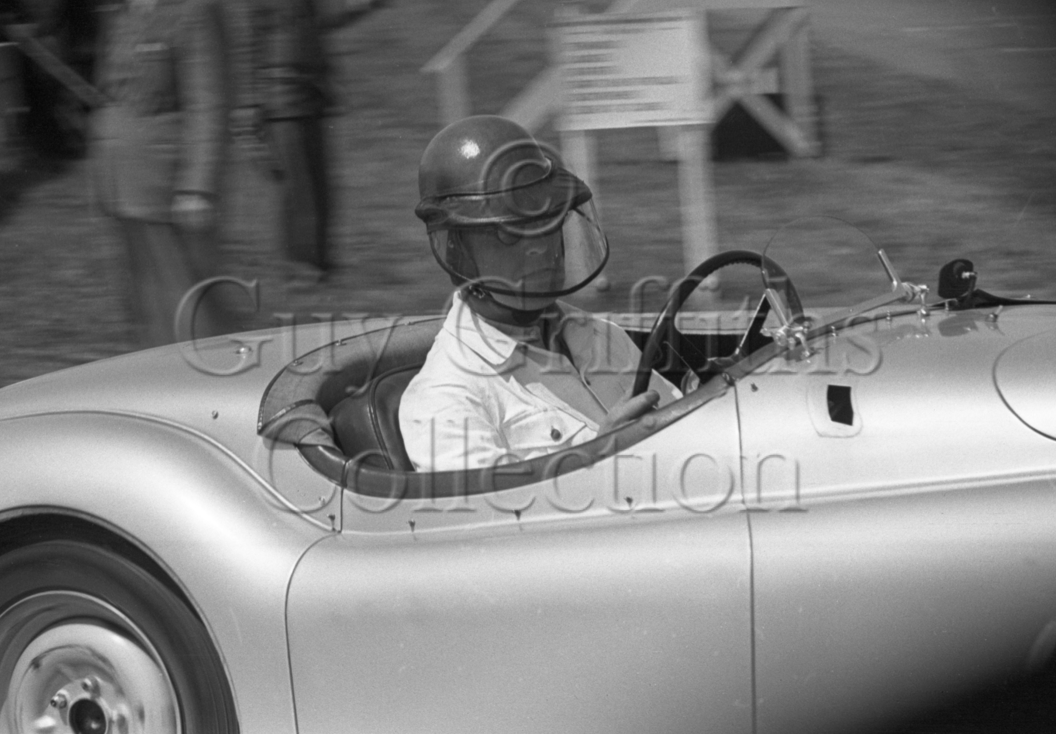 45-945–D-Russell–Jaguar–Goodwood–16-06-1951.jpg - The Guy Griffiths Collection