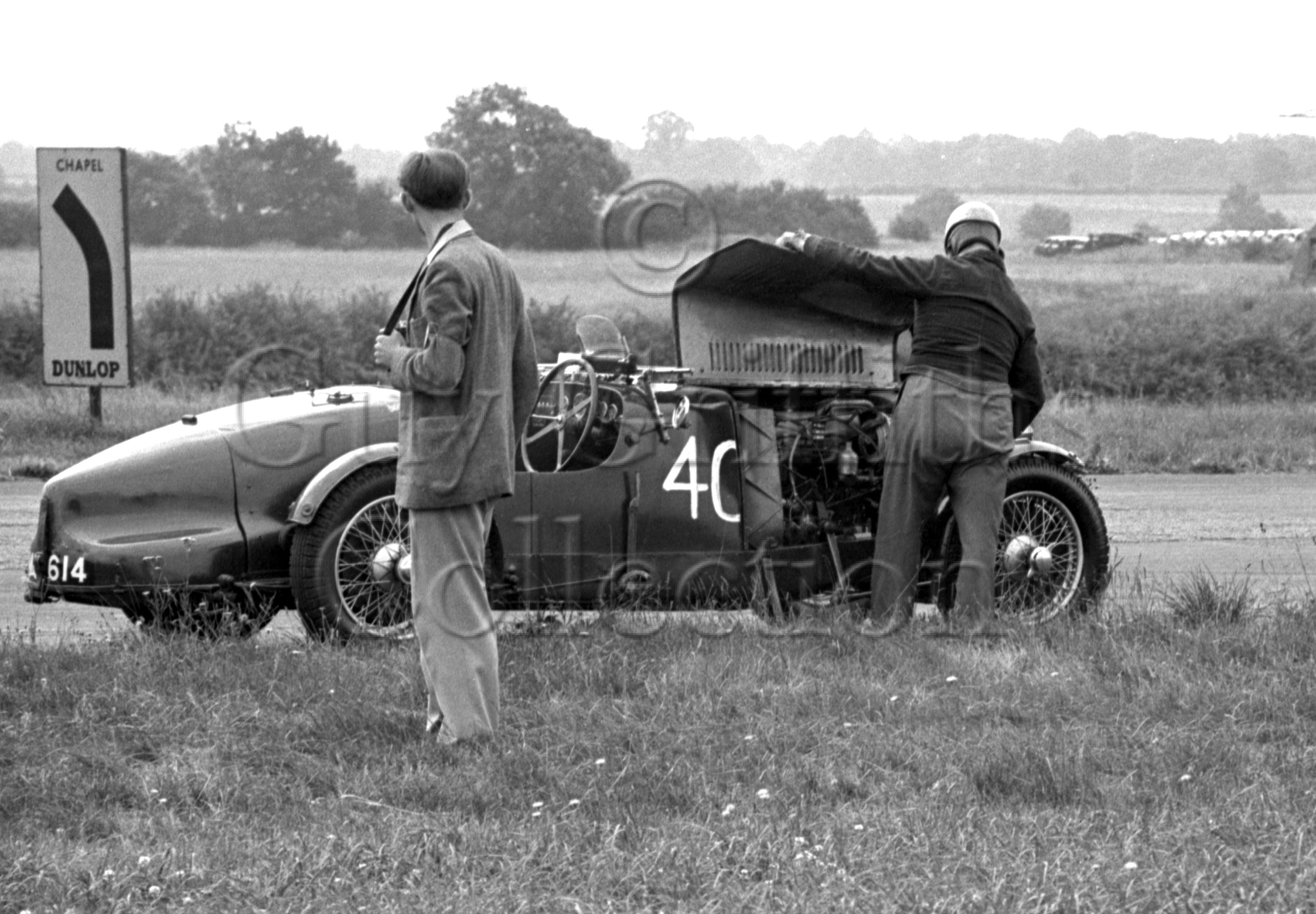 47-994–R-F-McNab-Meredith–Aston-Martin–Silverstone–28-07-1951.jpg - The Guy Griffiths Collection