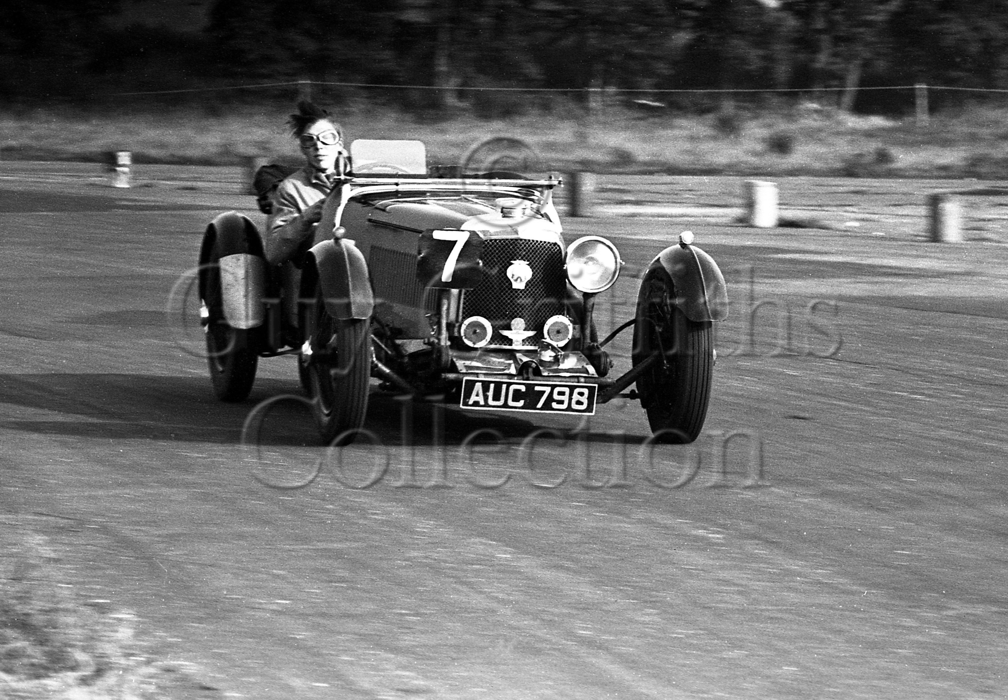 48-772–P-T-Pulman–Aston-Martin-Le-Mans–Snetterton–27-10-1951.jpg - The Guy Griffiths Collection