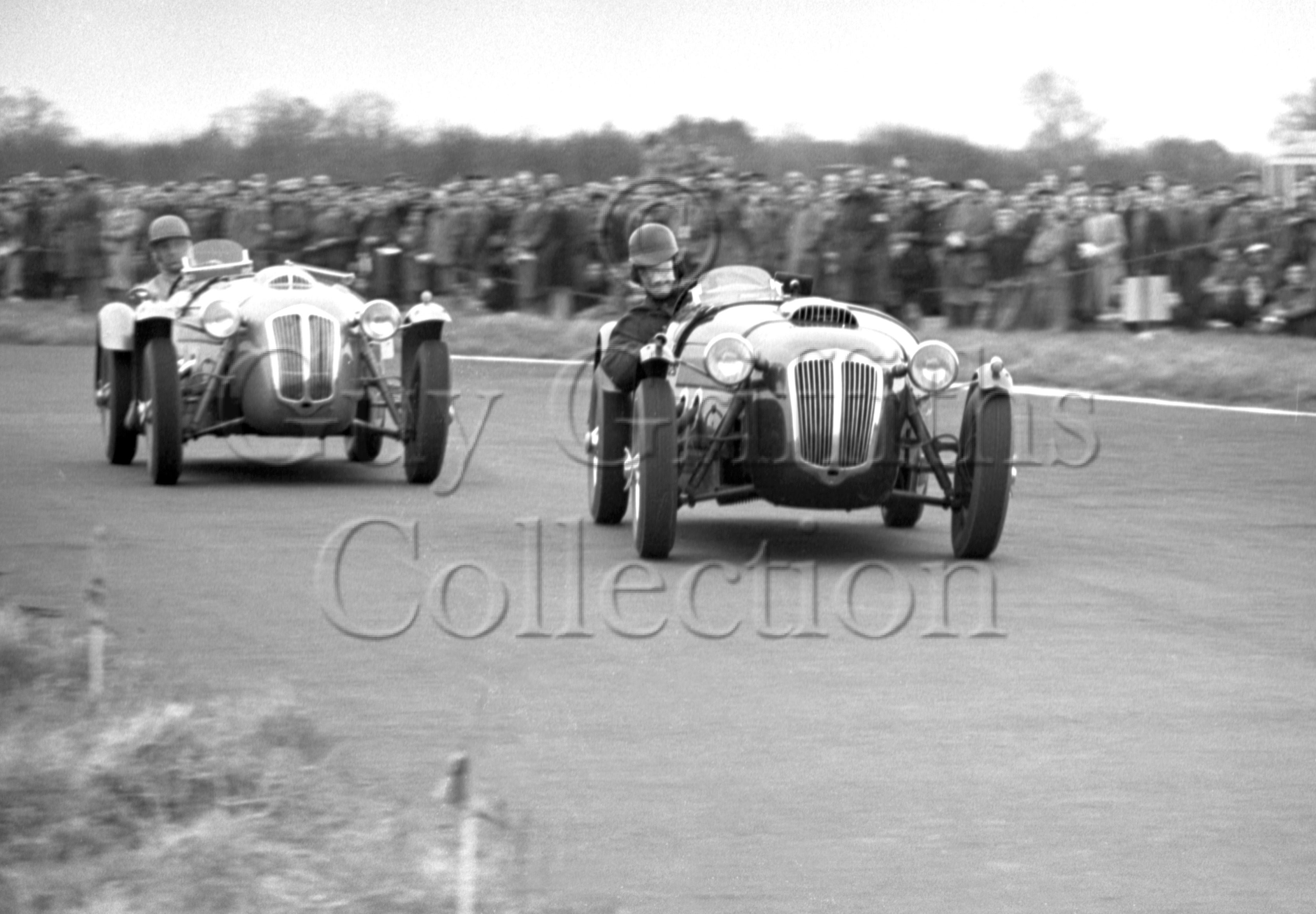 52-333–T-Crook–Frazer-Nash–Castle-Combe–12-04-1952.jpg - The Guy Griffiths Collection