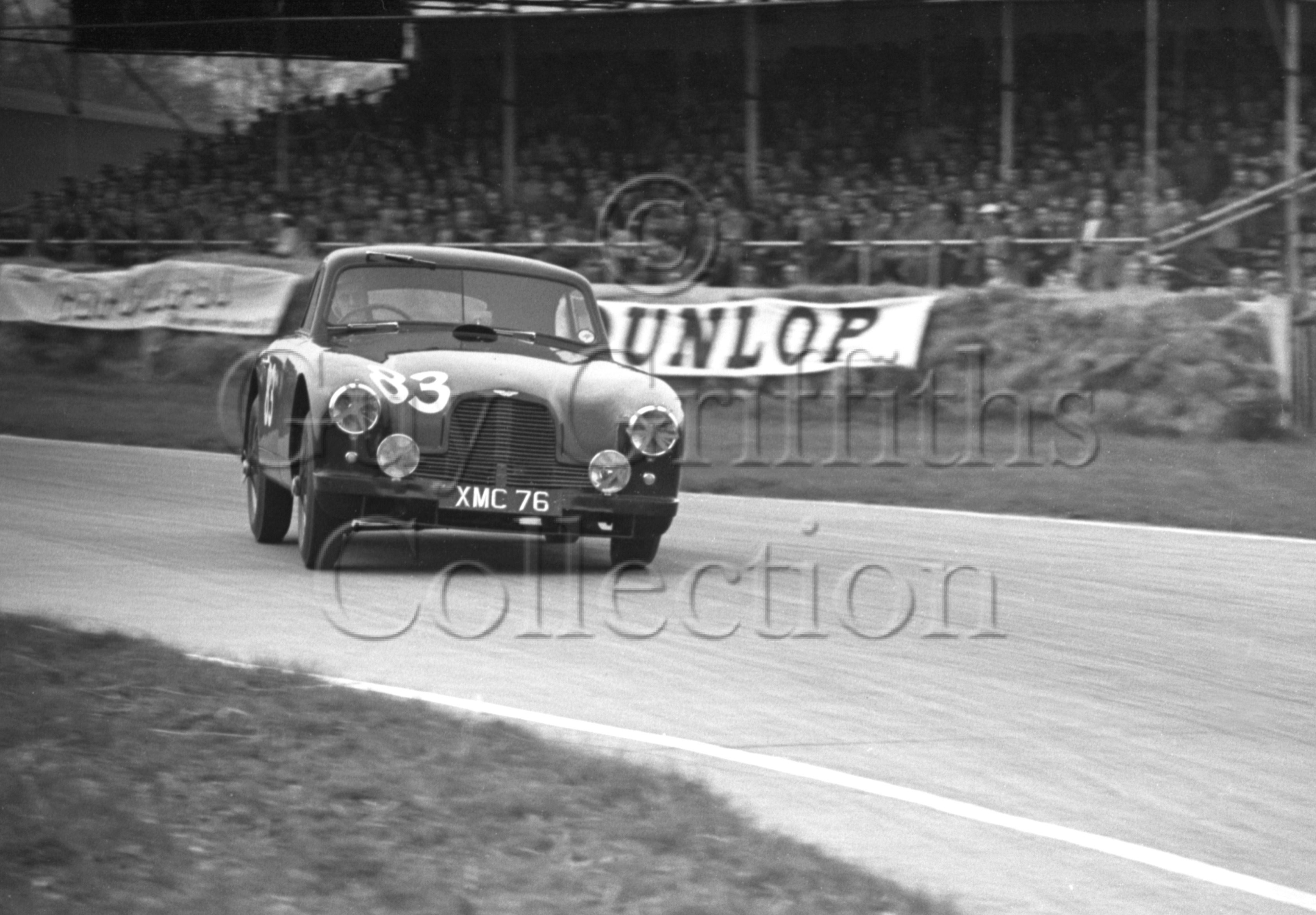 52-896–E-Thompson–Aston-Martin–Goodwood–14-04-1952.jpg - The Guy Griffiths Collection