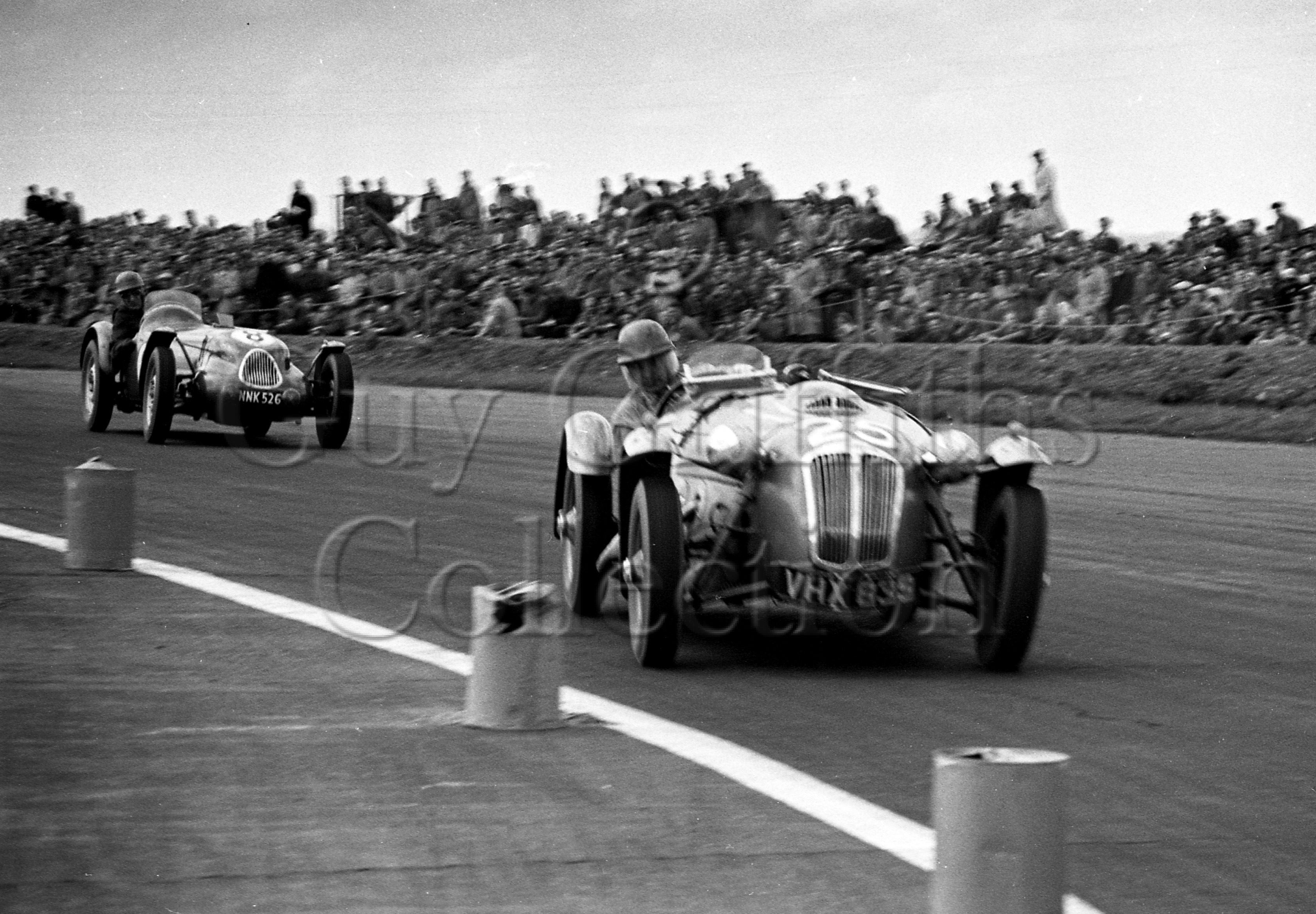 53-901–R-Salvadori–Frazer-Nash–Silverstone–10-05-1952.jpg - The Guy Griffiths Collection