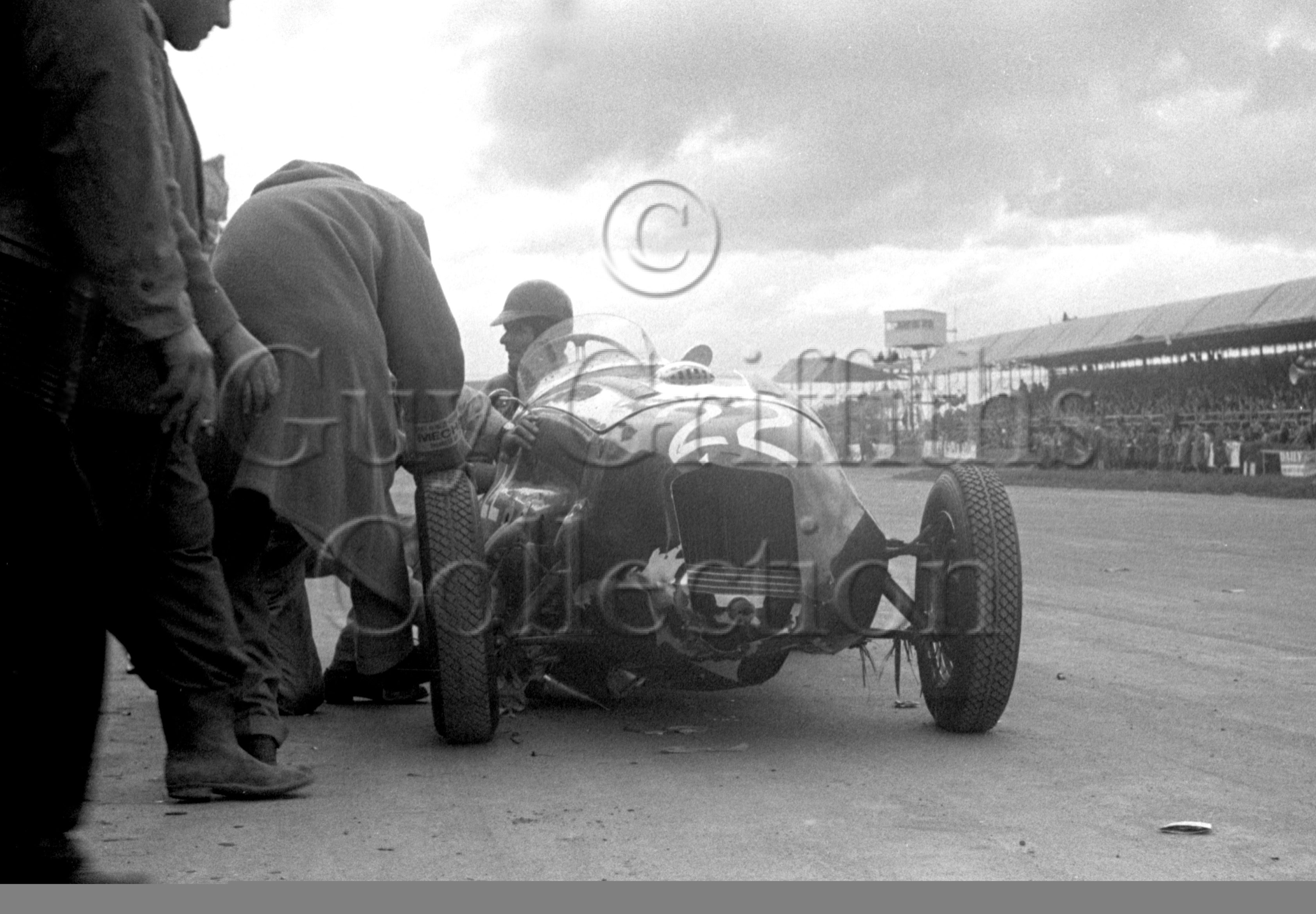 54-293–T-Crook–Frazer-Nash–Silverstone–10-05-1952.jpg - The Guy Griffiths Collection