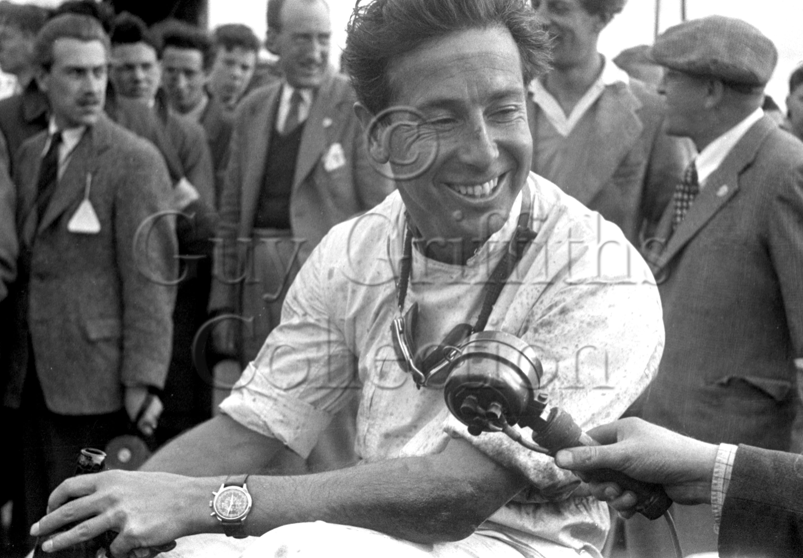54-343–L-Macklin–HWM–Silverstone–10-05-1952–.jpg - The Guy Griffiths Collection