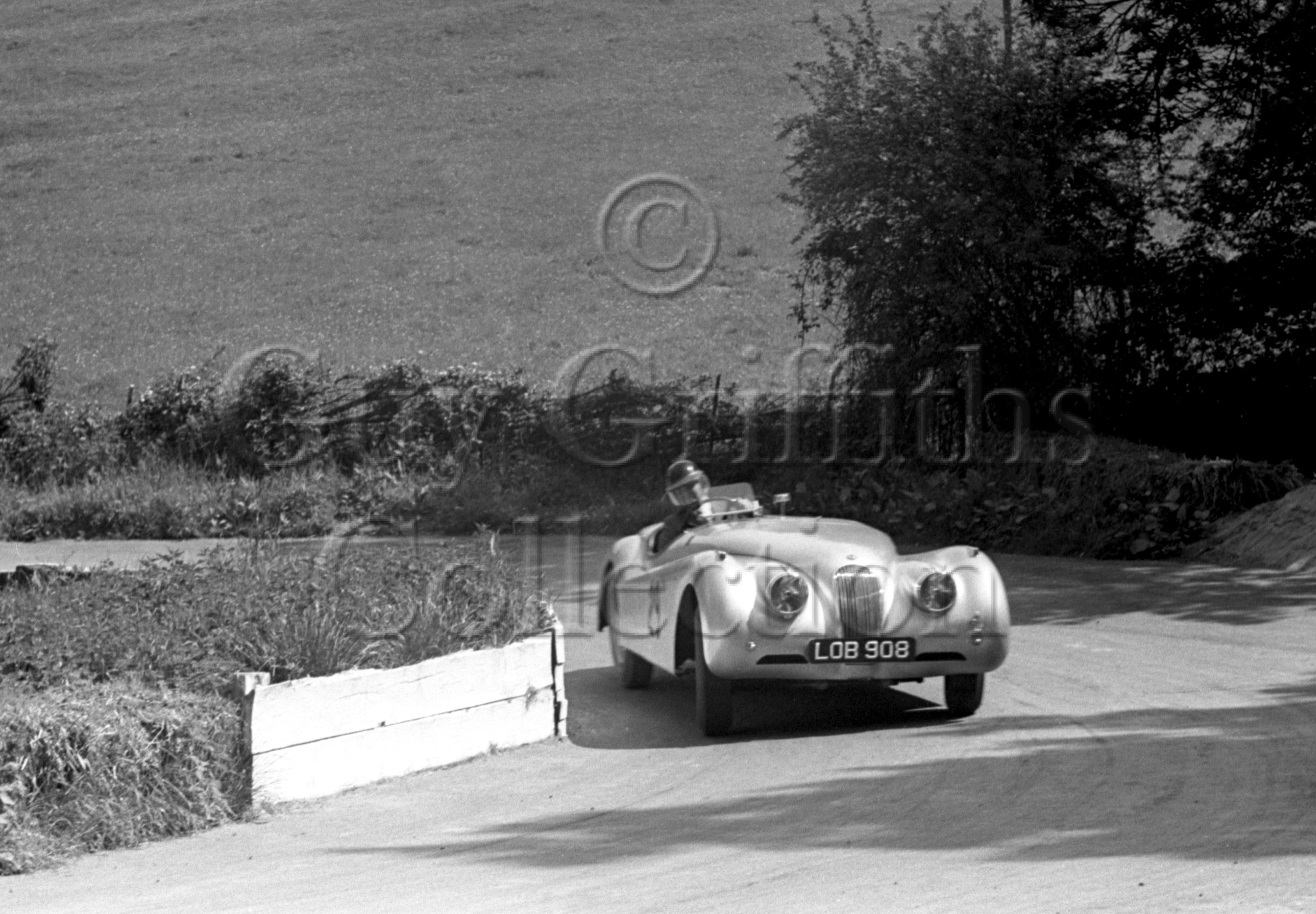 54-884–G-Mansell–Jaguar–Prescott–18-05-1952.jpg - The Guy Griffiths Collection