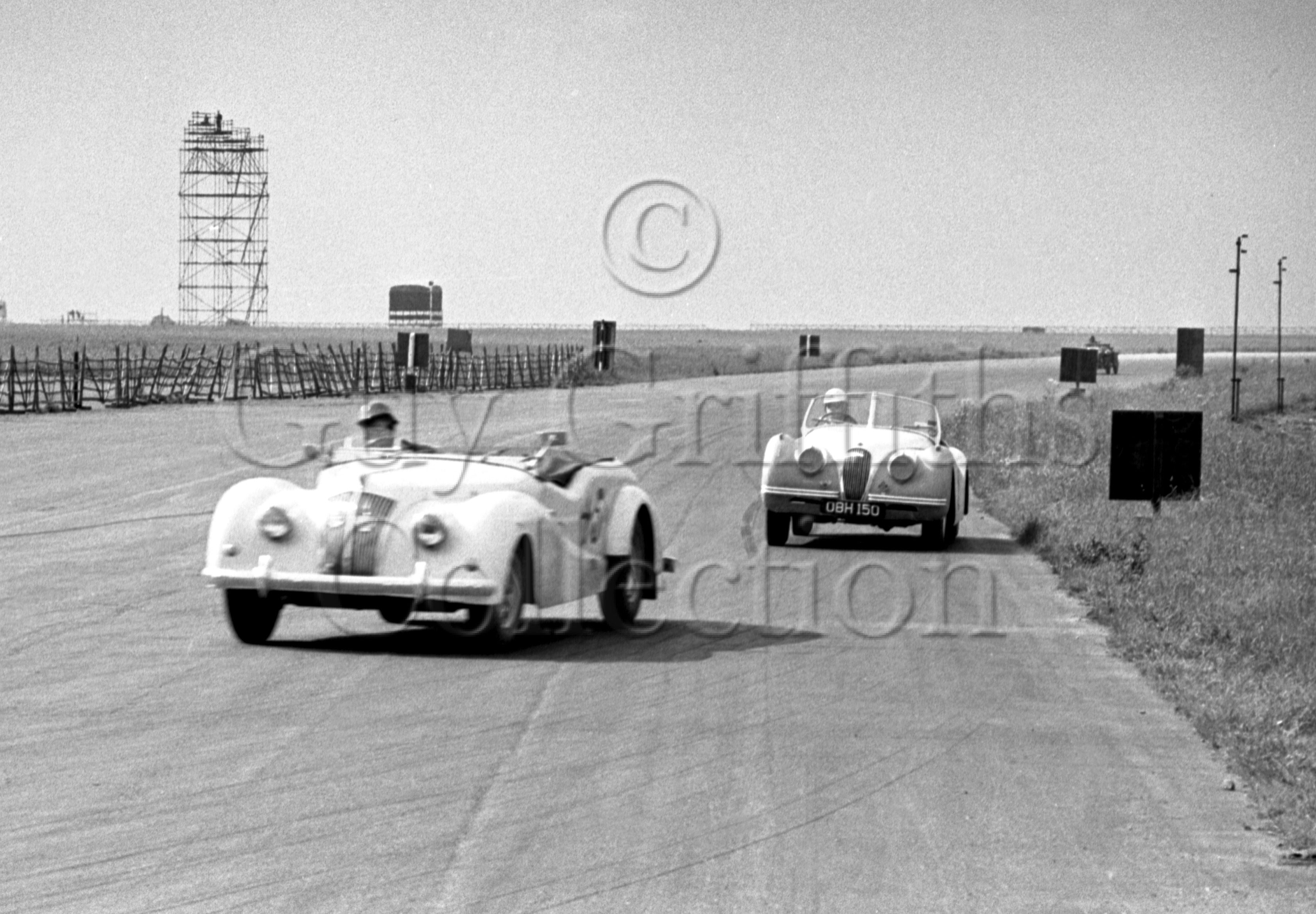 56-164–G-Lee–Jaguar–Silverstone–07-06-1952.jpg - The Guy Griffiths Collection