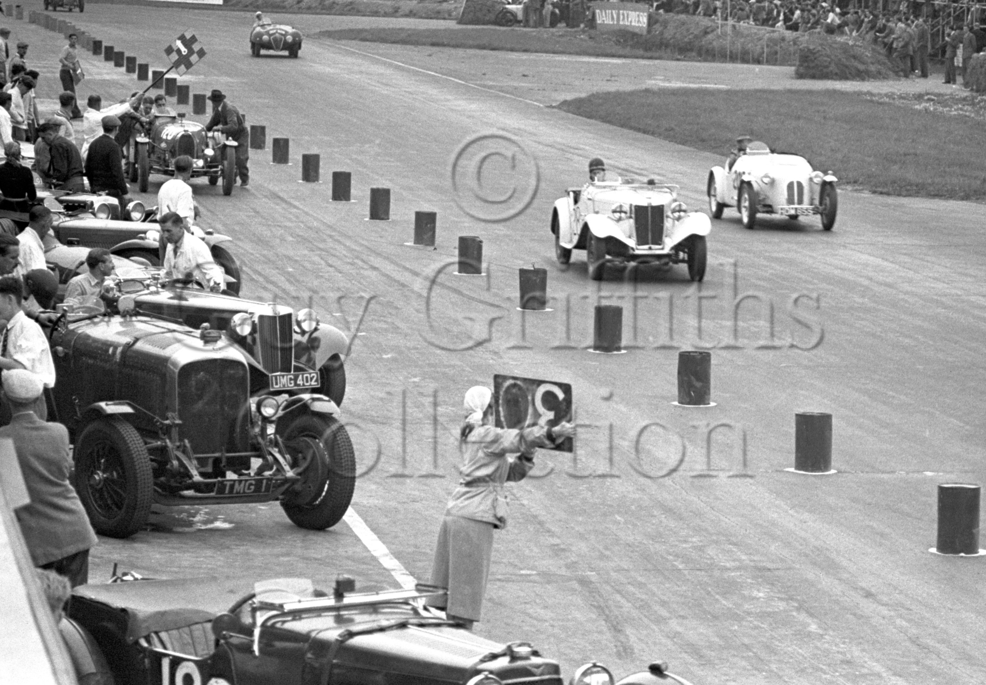 60-271–H-Porteous–Porteous-Buckler–Silverstone–30-08-1952.jpg - The Guy Griffiths Collection