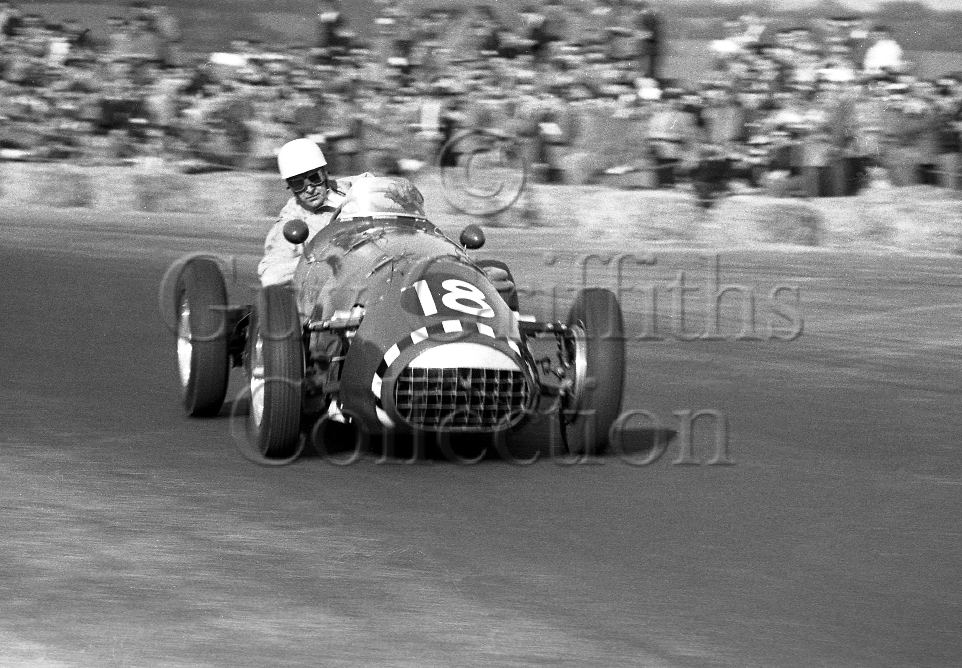 68-982–R-Salvadori–Connaught–Silverstone–09-05-1953.jpg - The Guy Griffiths Collection