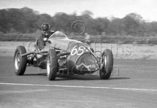 69-555–T-Crook–Cooper-Alta–Silverstone–16-05-1953.jpg - The Guy Griffiths Collection