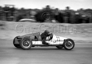 70-703–R-K-Tyrrell–Cooper–Snetterton–30-05-1953.jpg - The Guy Griffiths Collection