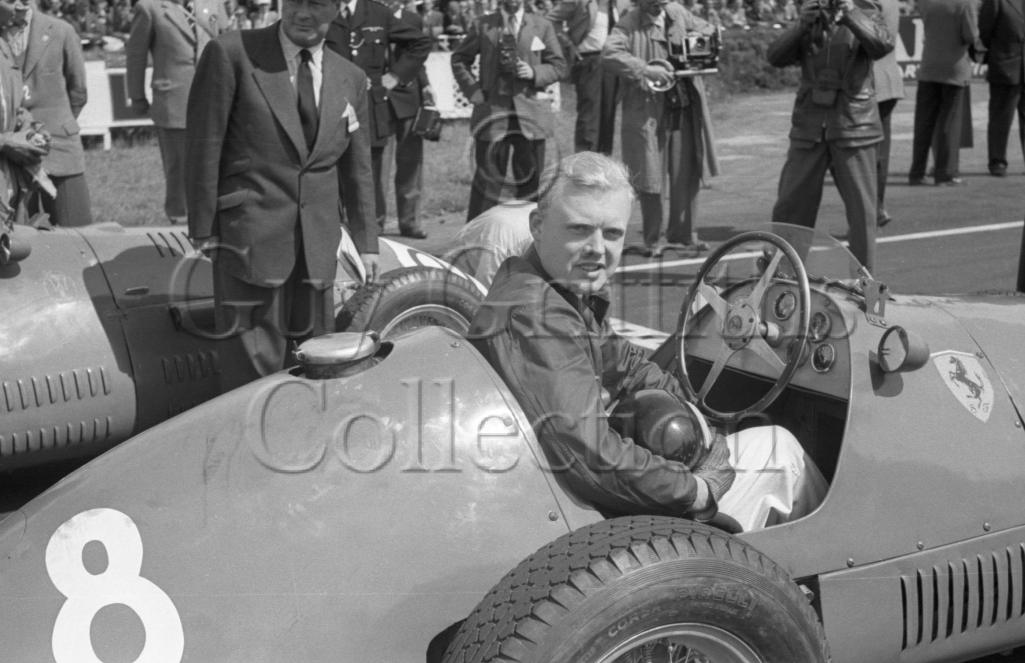 74-242–J-M-Hawthorn–Ferrari–Silverstone–18-07-1953.jpg - Guy Griffiths Collection