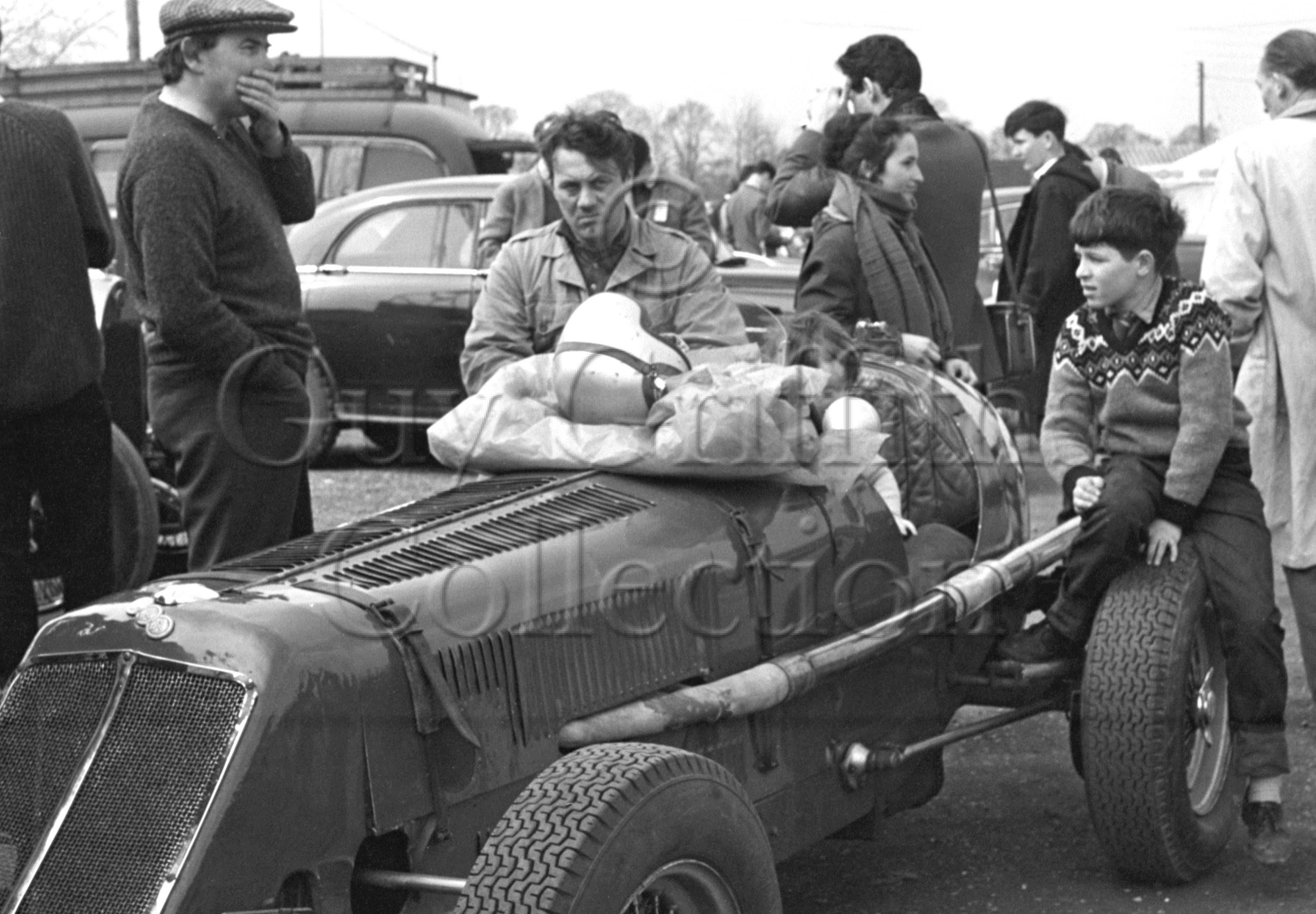 82-132–S-Day–ERA–Silverstone–18-04-1964.jpg - The Guy Griffiths Collection