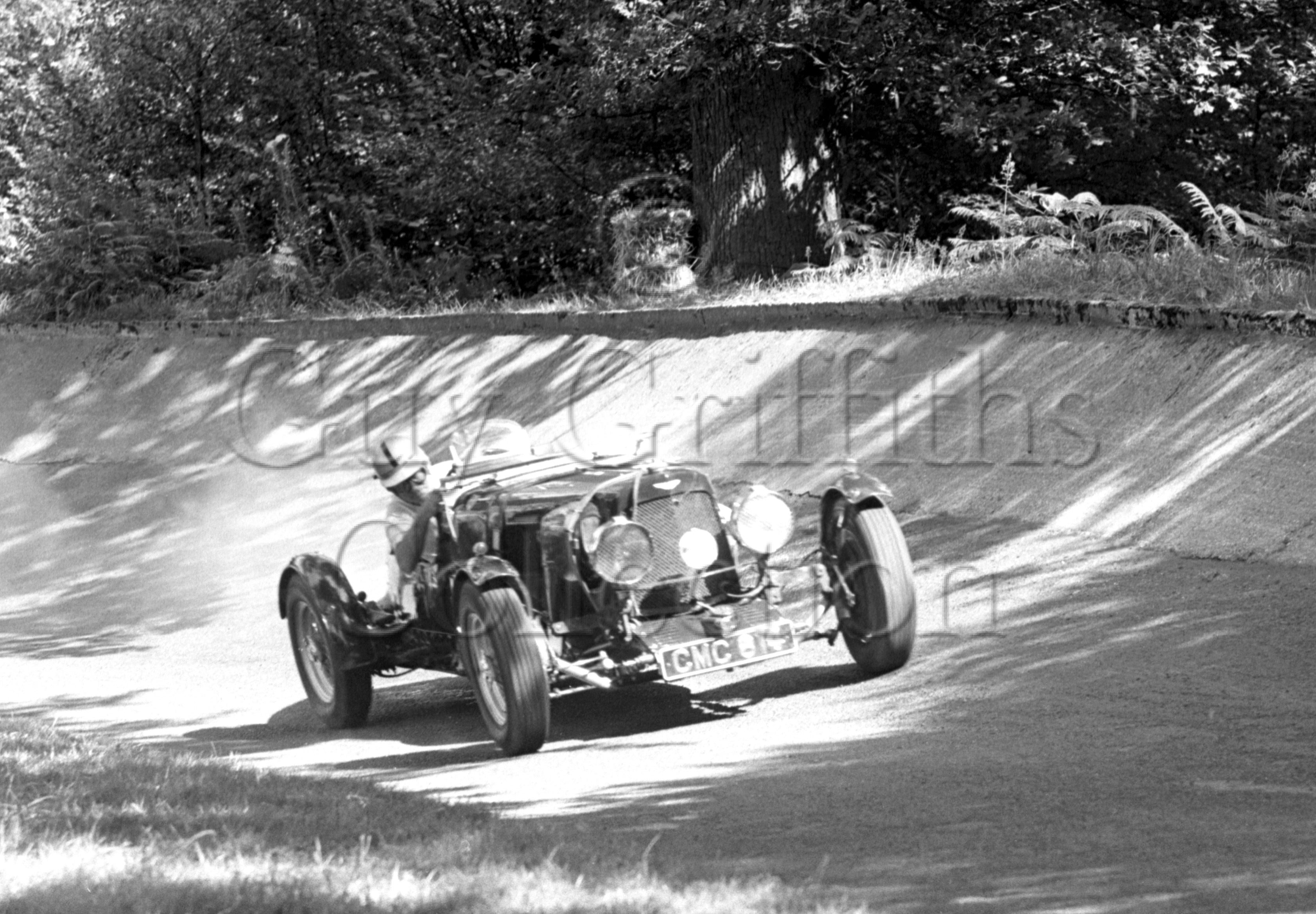 94-44–D-Edwards–Aston-Martin–Great-Auclum–07-08-1965.jpg - The Guy Griffiths Collection