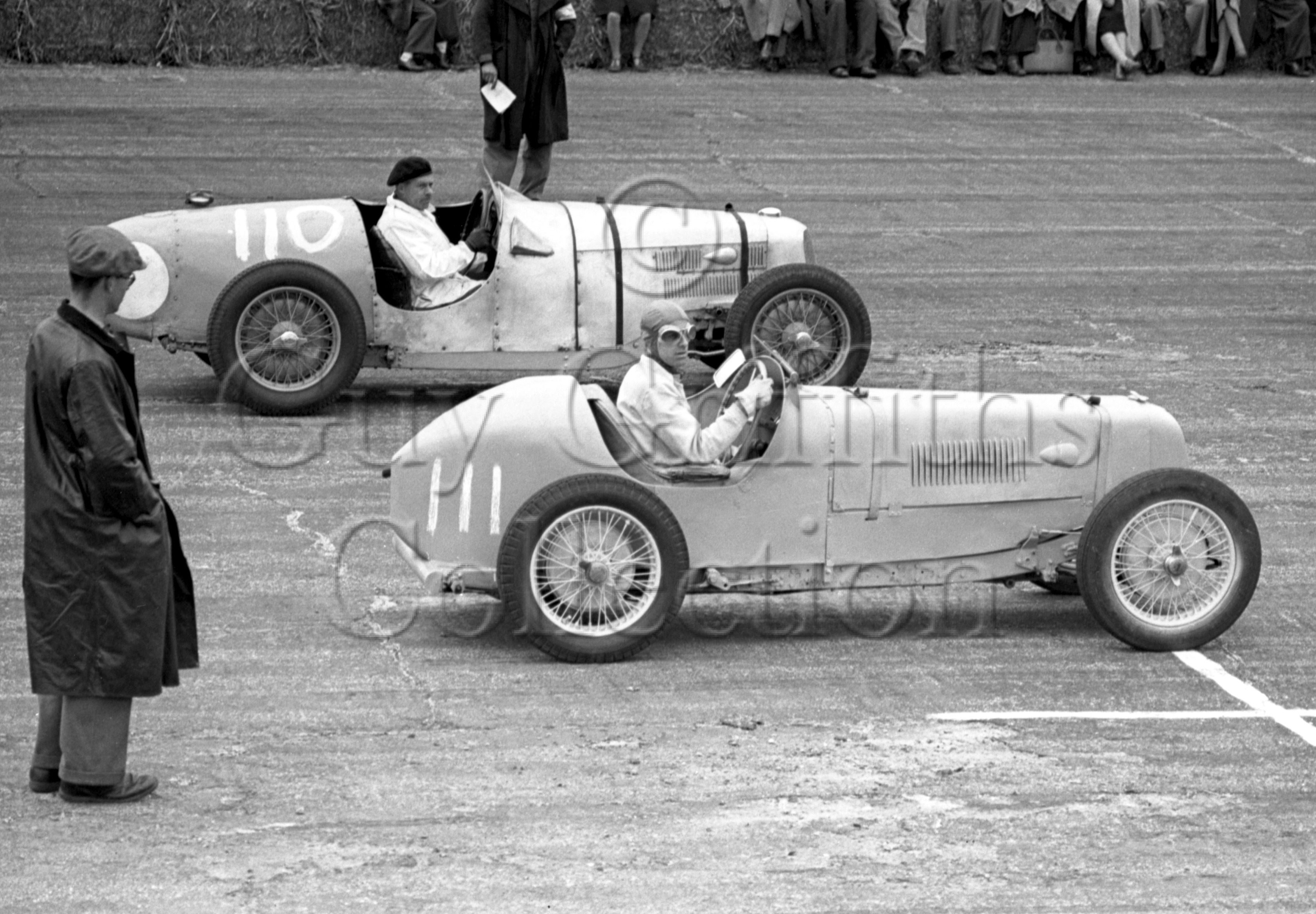 13-66–H-Richards–Riley-No-110–A-Rivers-Fletcher–MG-No-111–Silverstone–23-04-1949.jpg - The Guy Griffiths Collection