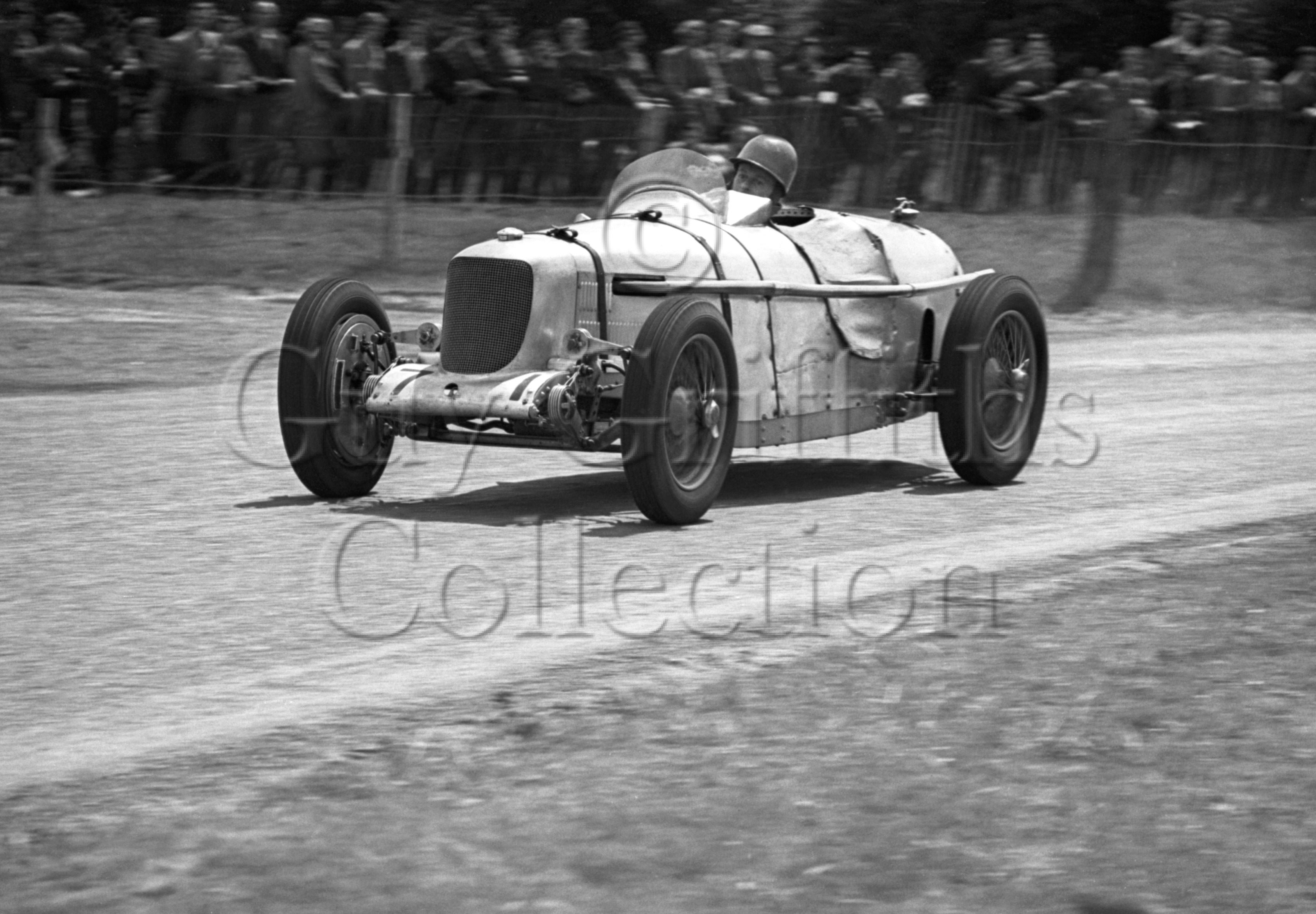 15-424–H-Richards–Riley–Blandford–28-05-1949.jpg - The Guy Griffiths Collection