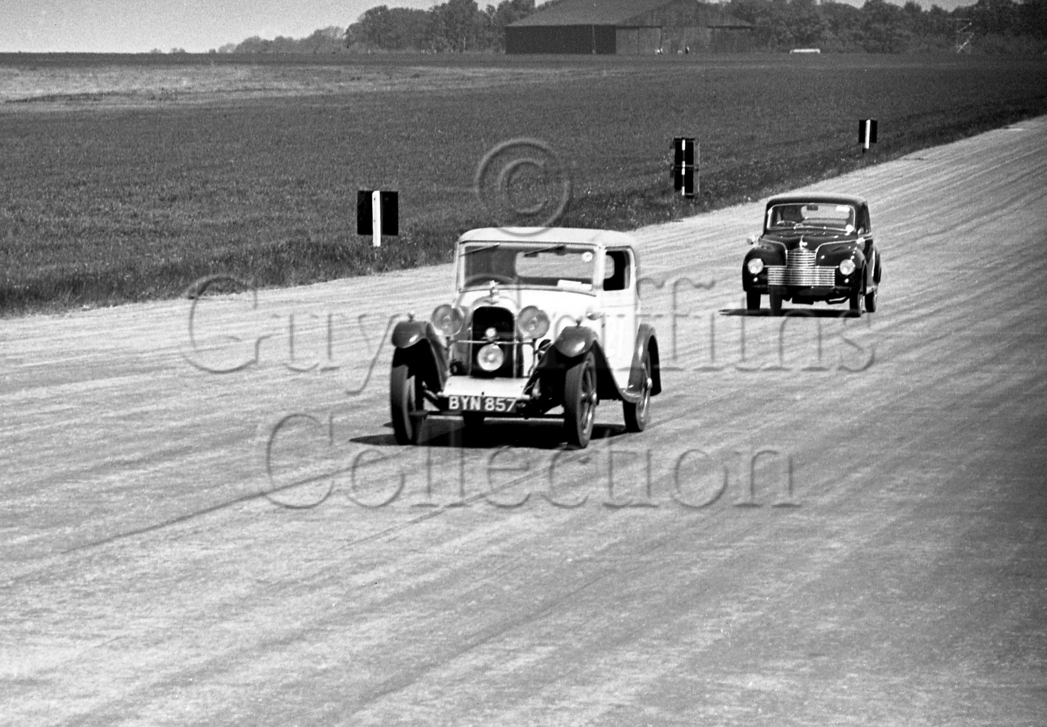 44-525–H-Dearden–Rapier–Silverstone–02-06-1951.jpg - The Guy Griffiths Collection