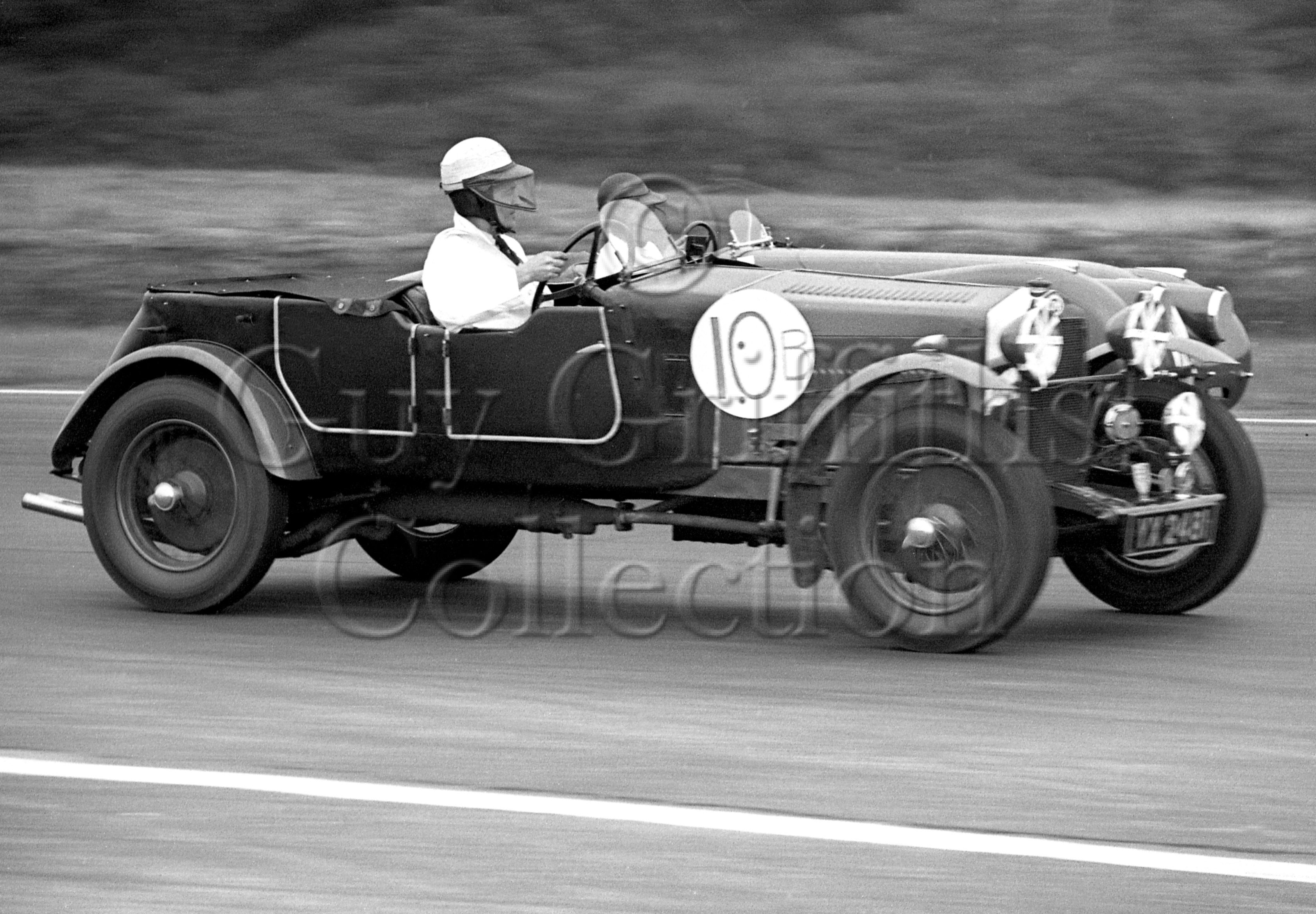 60-416–H-Cox–OM–Silverstone–30-08-1952.jpg - The Guy Griffiths Collection