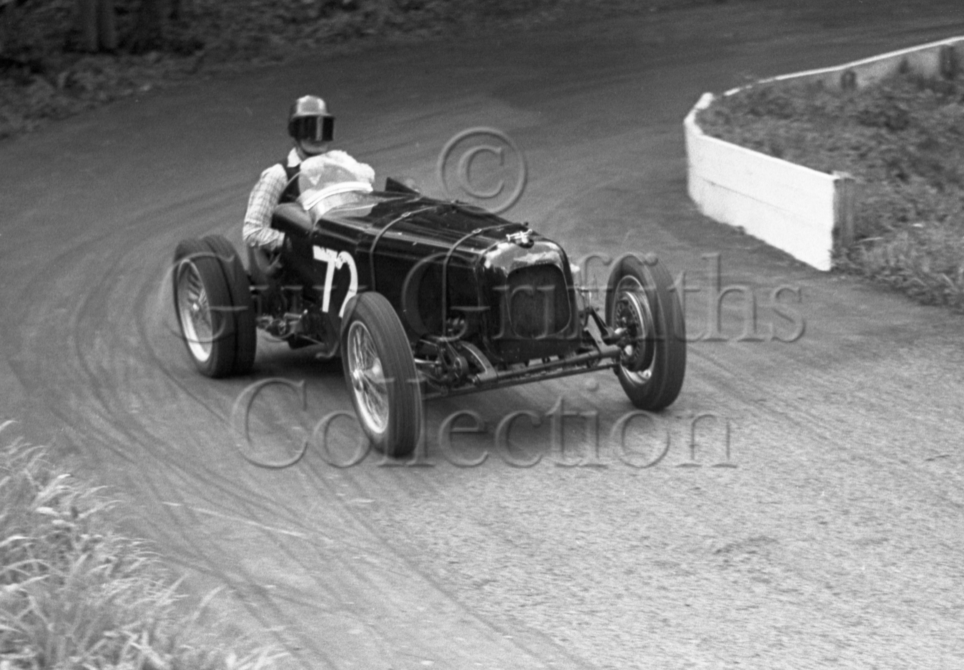 70-14–G-Shea-Simmonds–Rapier–Prescott–17-05-1953.jpg - The Guy Griffiths Collection