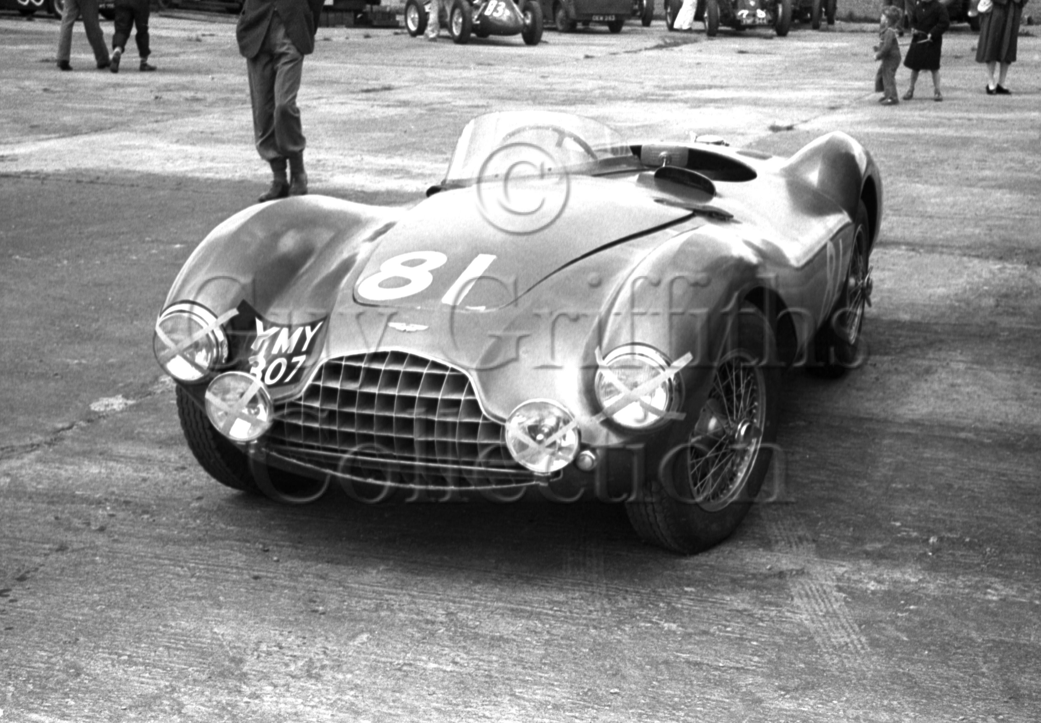 70-483–Aston-Martin-DBS3S–Snetterton–30-05-1953.jpg - The Guy Griffiths Collection