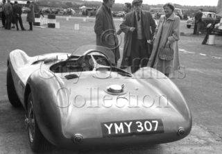 70-484–Aston-Martin-DBS3S–Snetterton–30-05-1953.jpg - The Guy Griffiths Collection