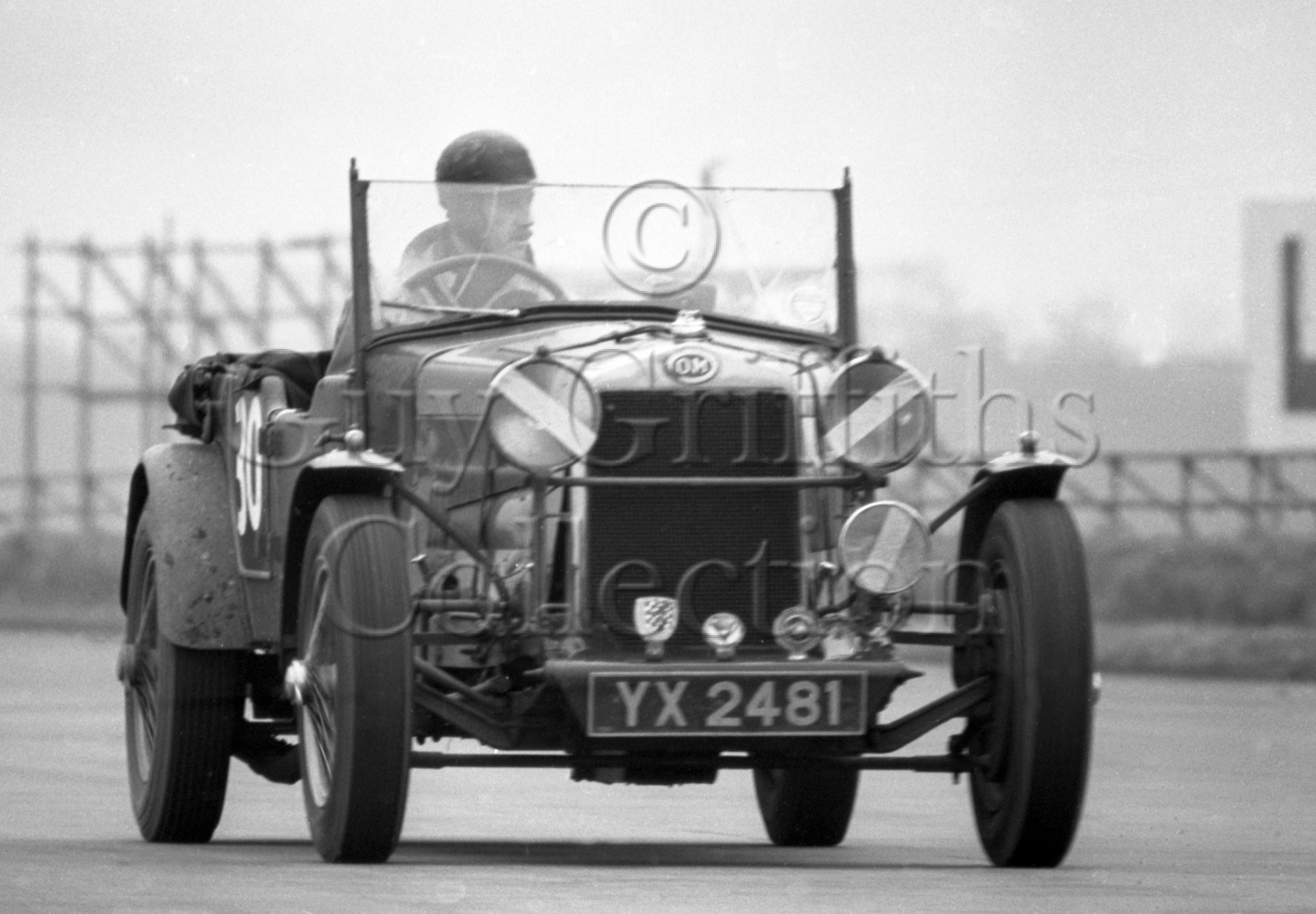 80-466–P-Binns–OM–Silverstone–21-03-1964.jpg - The Guy Griffiths Collection