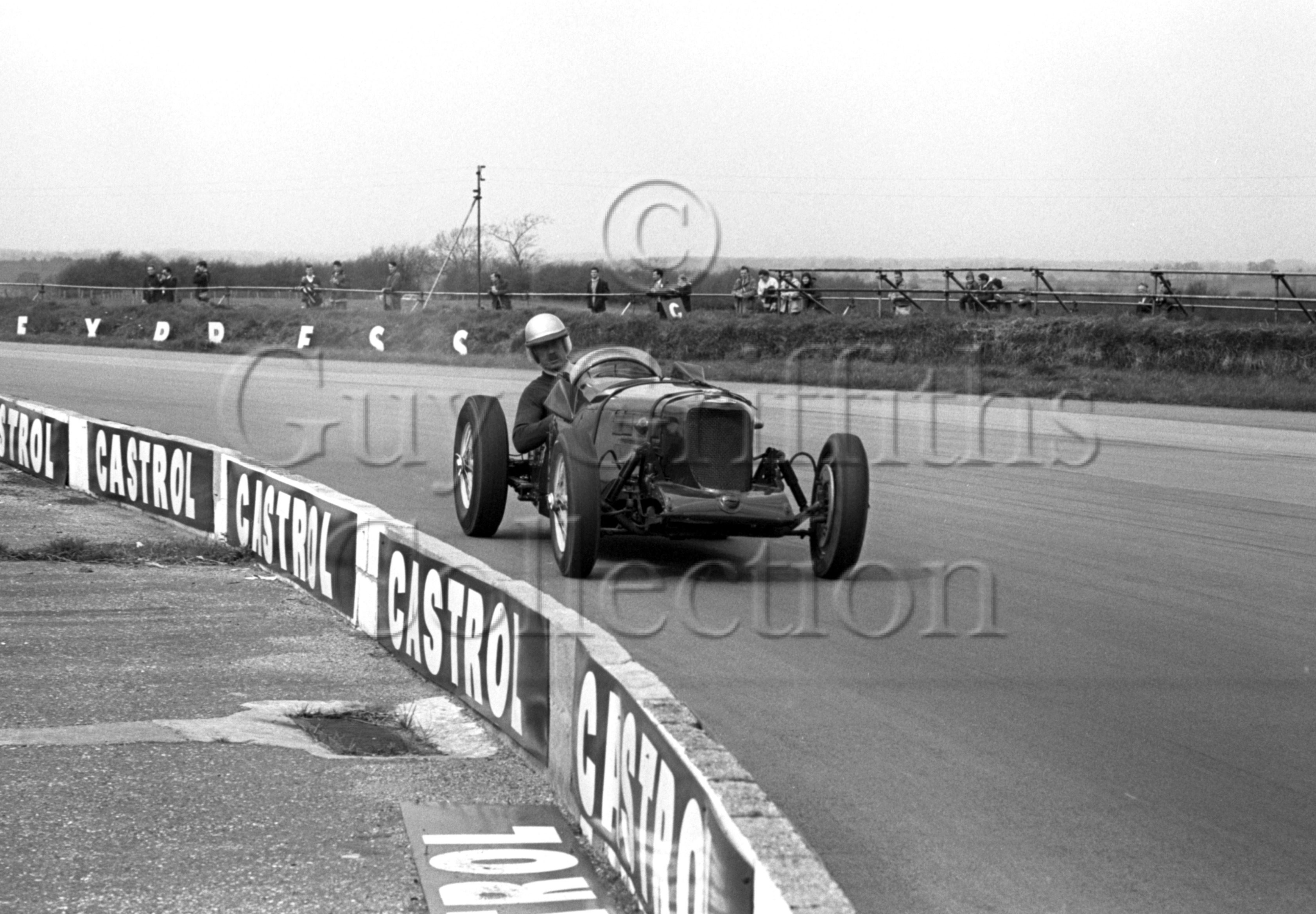 88-893–P-Binns–Riley–Silverstone–24-04-1965.jpg - The Guy Griffiths Collection