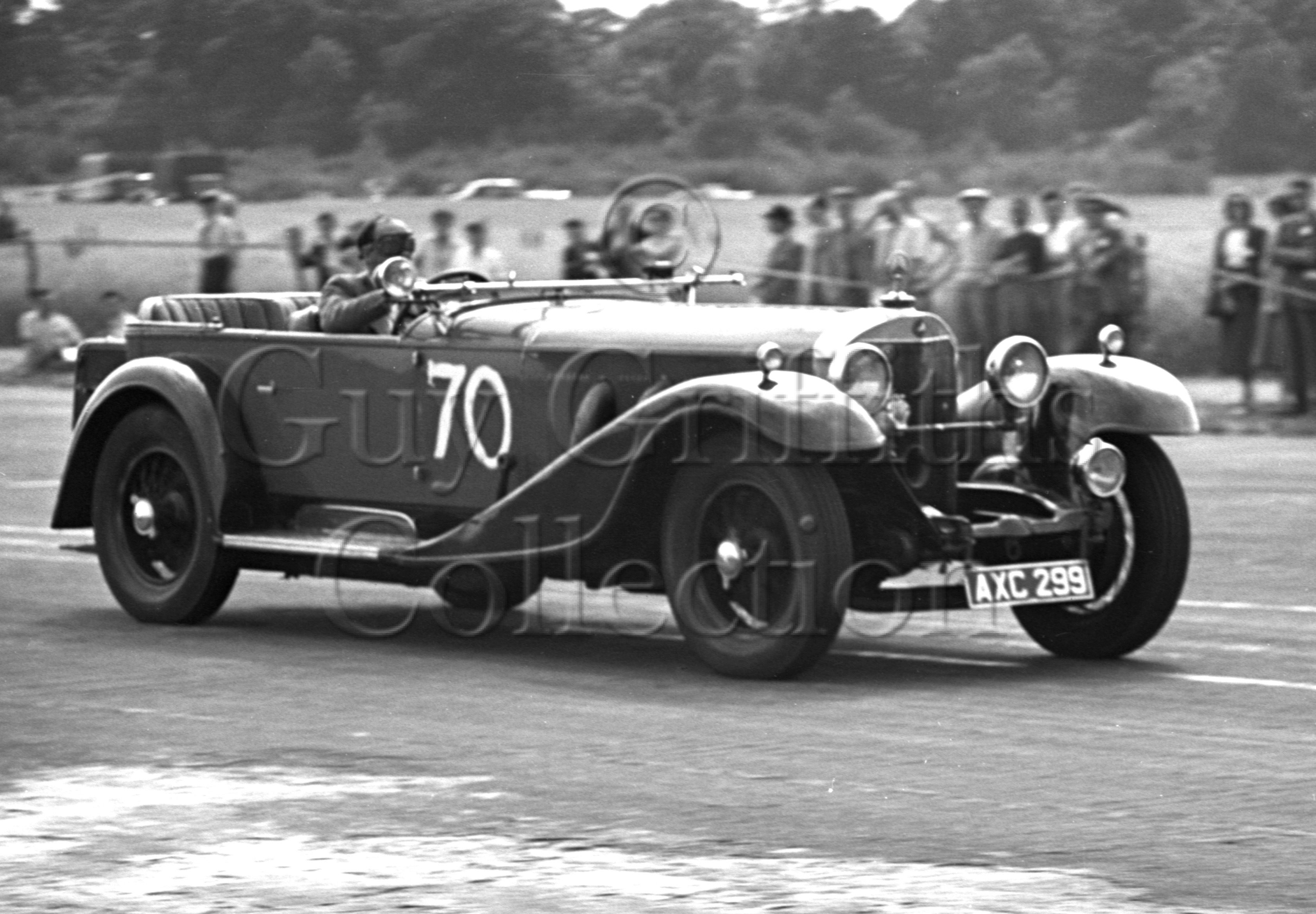 19-153–O-P-Raphael–Mercedes-Benz–Silverstone–23-07-1949.jpg - The Guy Griffiths Collection
