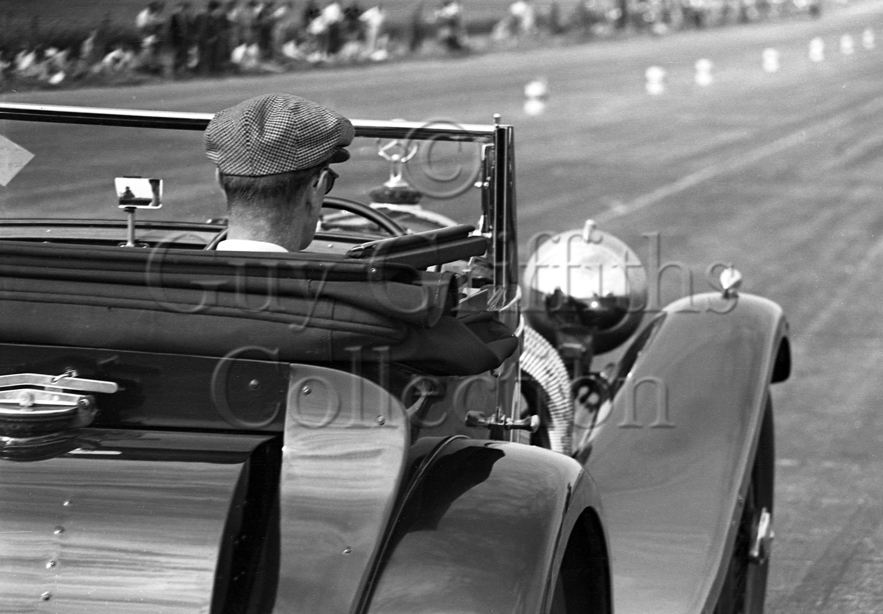 19-161–G-M-Crozier–Mercedes-Benz–Silverstone–23-07-1949.jpg - The Guy Griffiths Collection