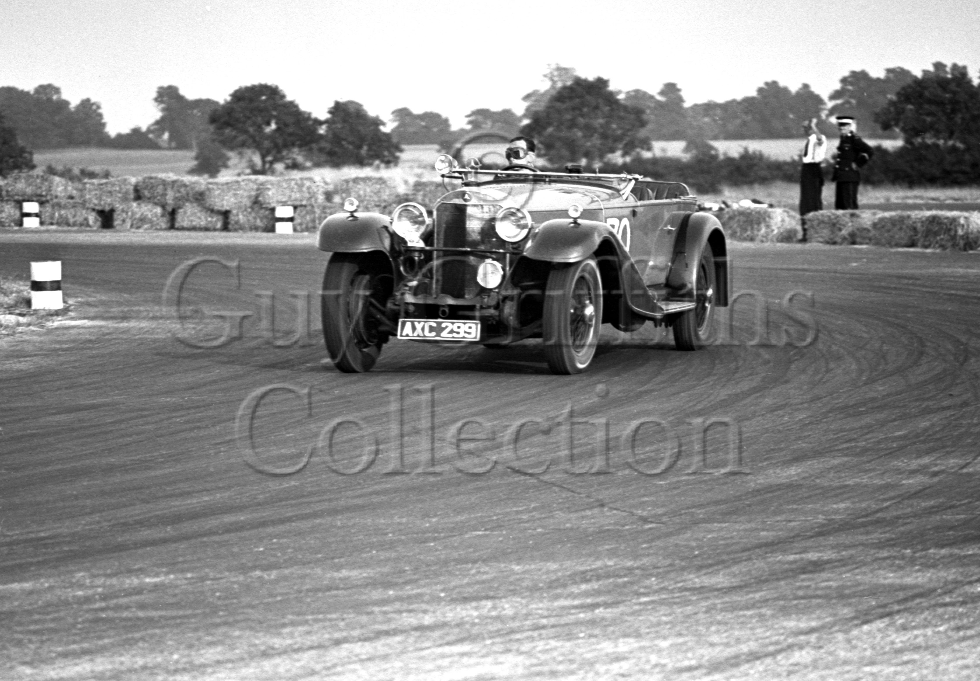 19-293–O-P-Raphael–Mercedes-Benz–Silverstone–23-07-1949.jpg - The Guy Griffiths Collection