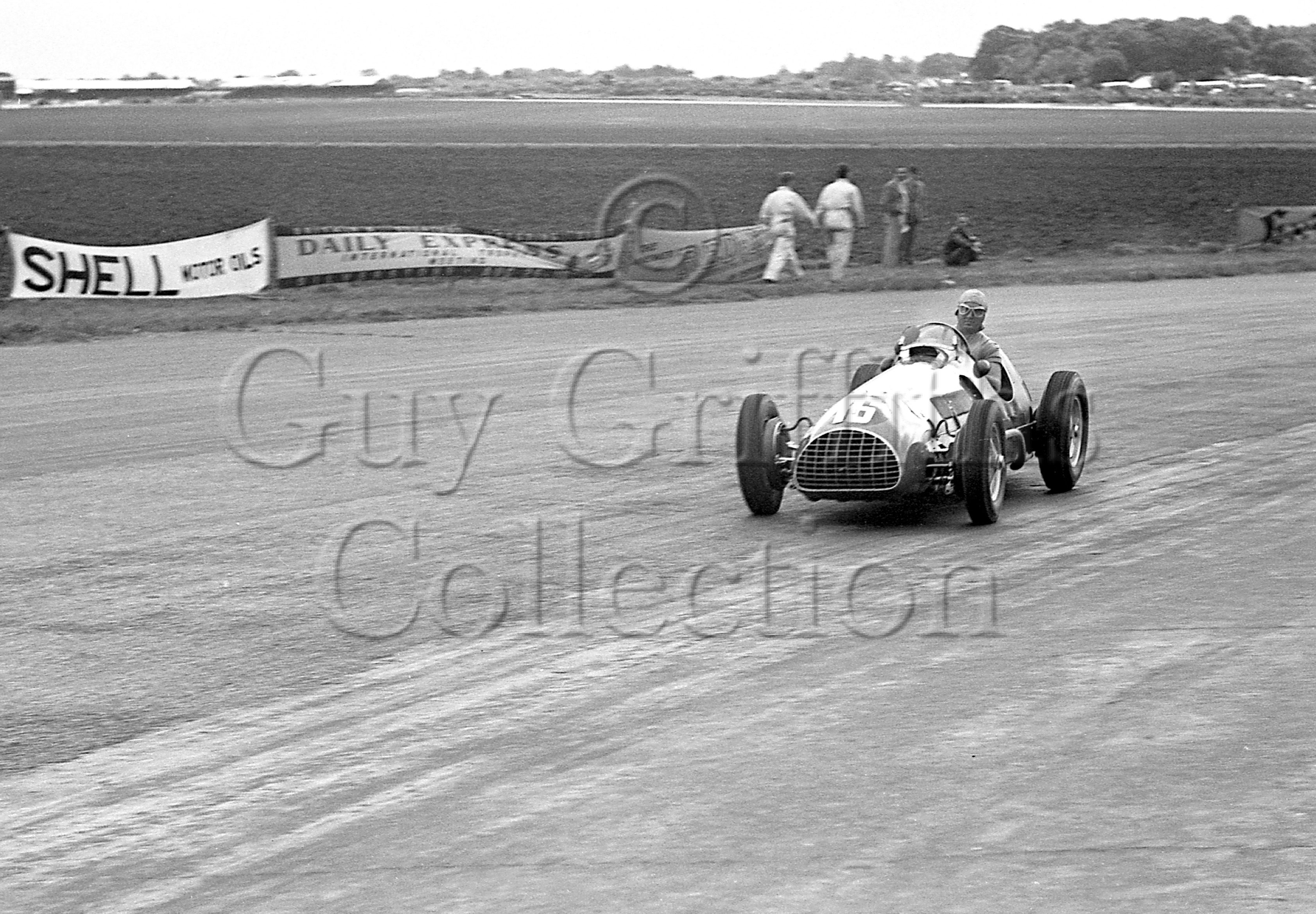 36-25–A-Ascari–Thin-Wall–Silverstone–26-08-1950.jpg - The Guy Griffiths Collection