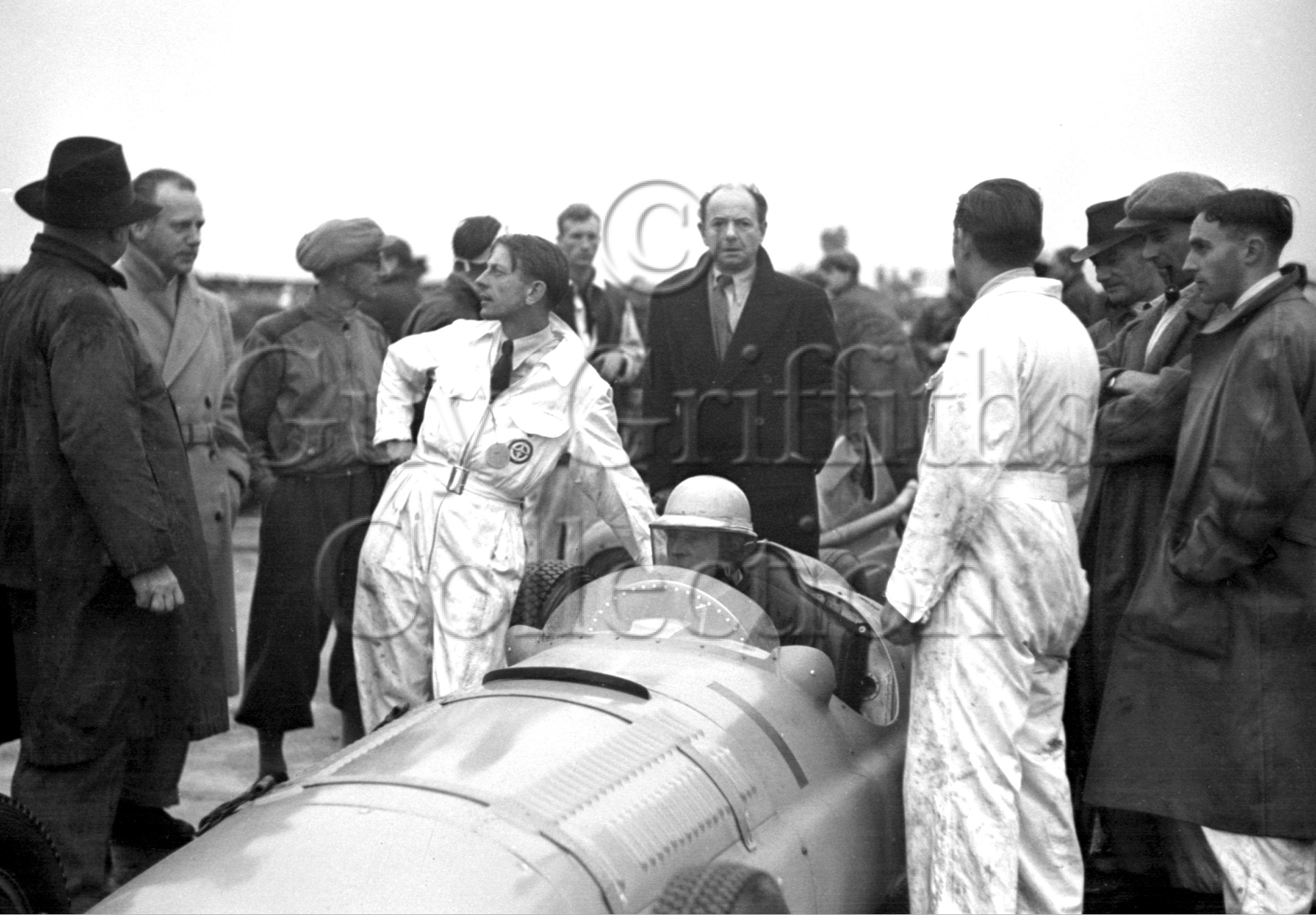 37-791–R-Parnell–BRM–Goodwood–30-09-1950.jpg - The Guy Griffiths Collection