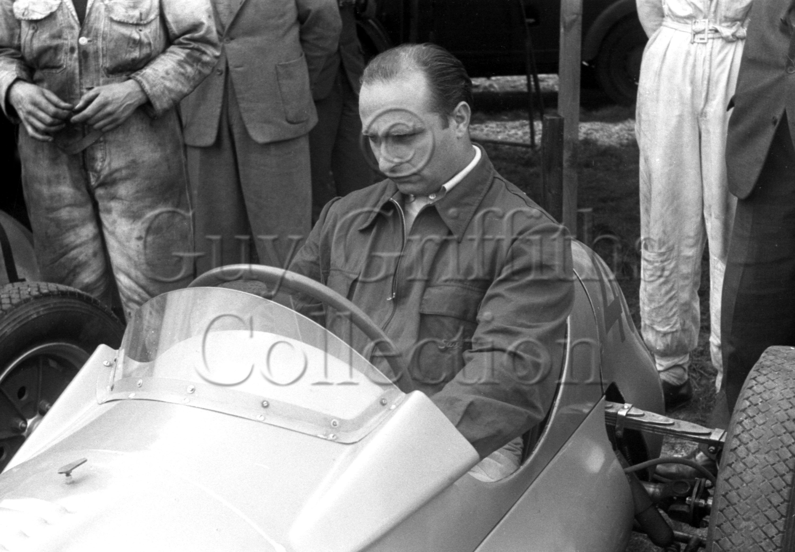 53-124–J-Fangio–Goodwood–14-04-1952.jpg - The Guy Griffiths Collection