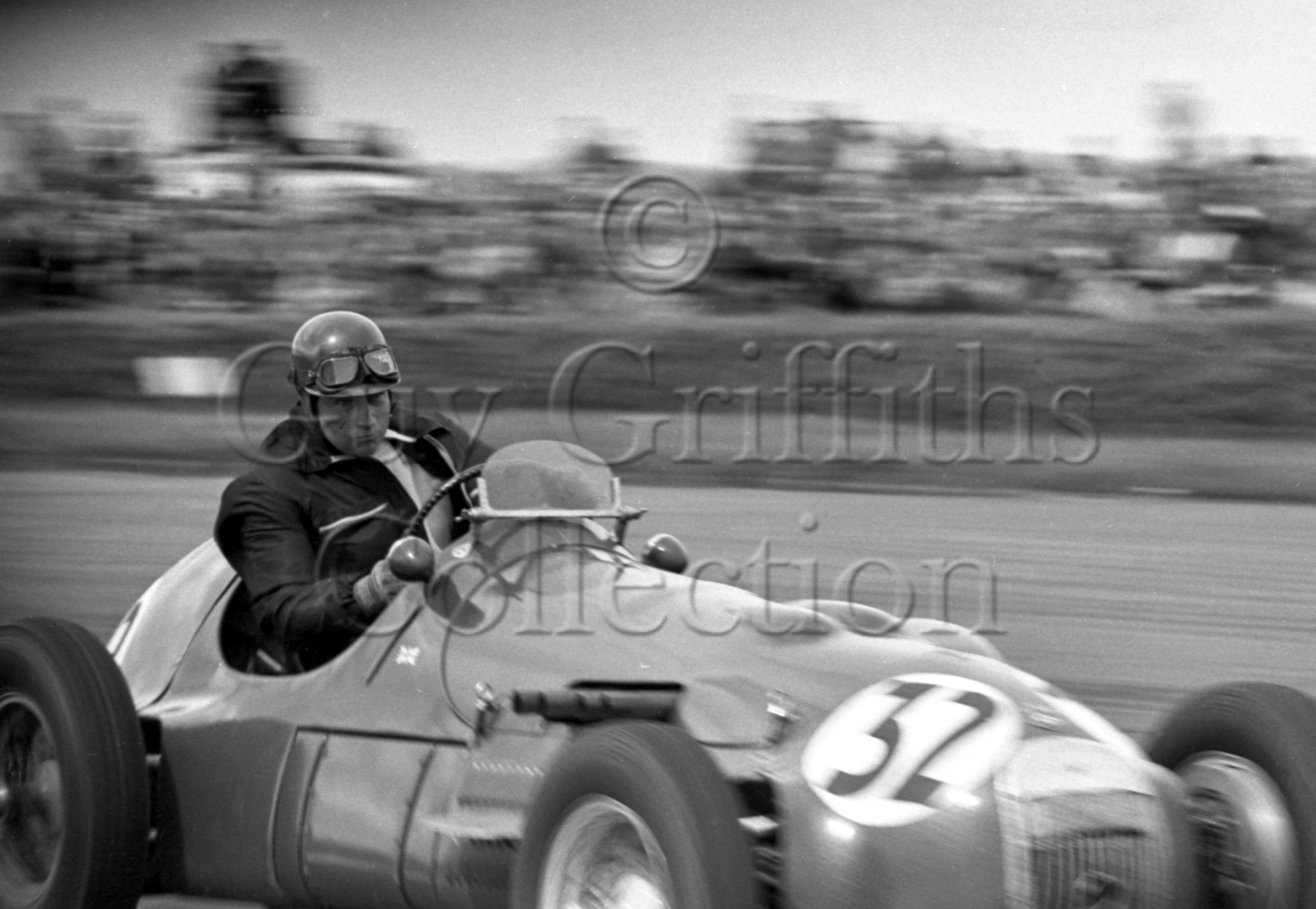 54-176–A-Rolt–HWM–Silverstone–10-05-1952.jpg - The Guy Griffiths Collection